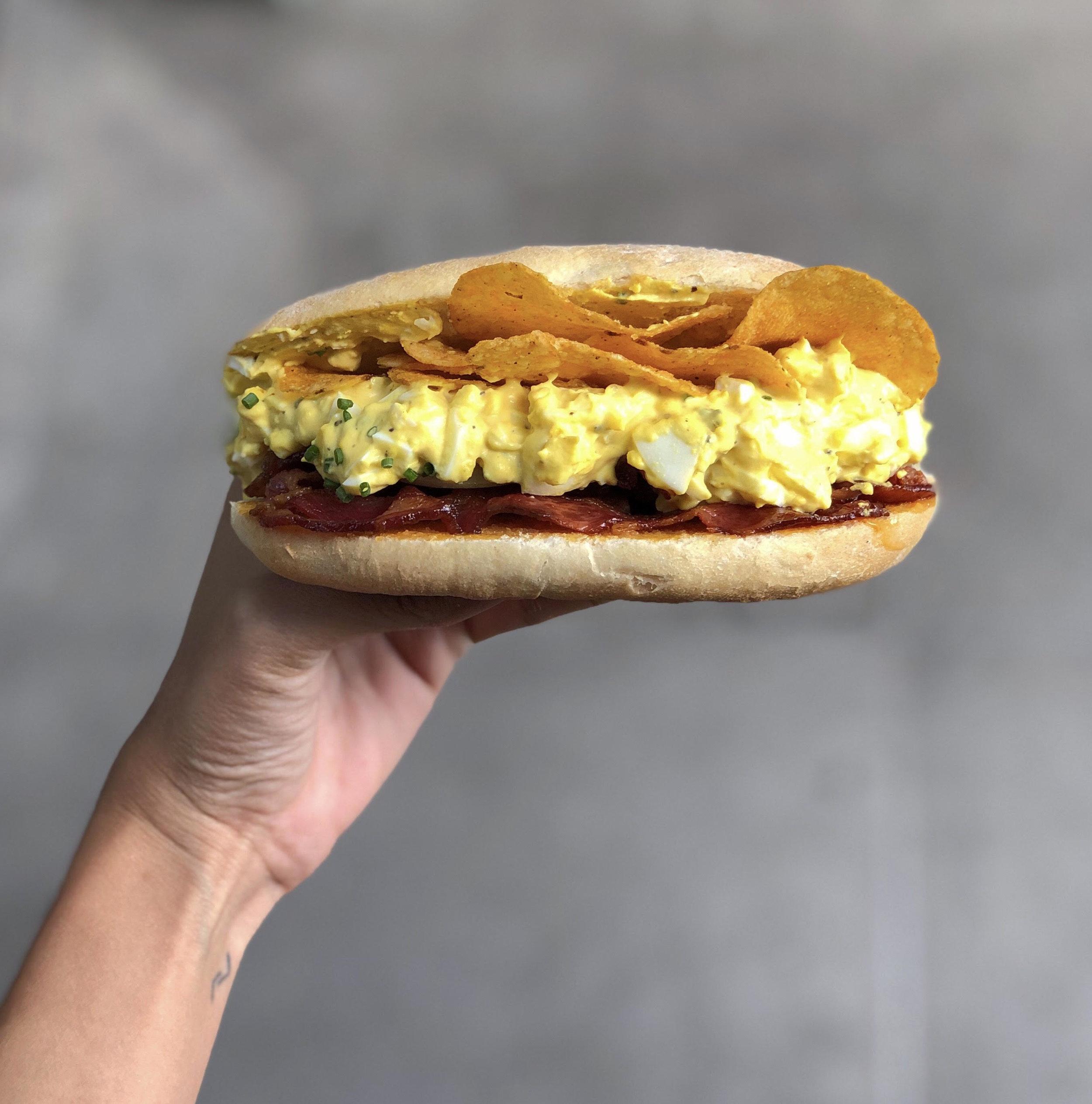 07152019_entre2panes-sandwich de huevo 02.jpg