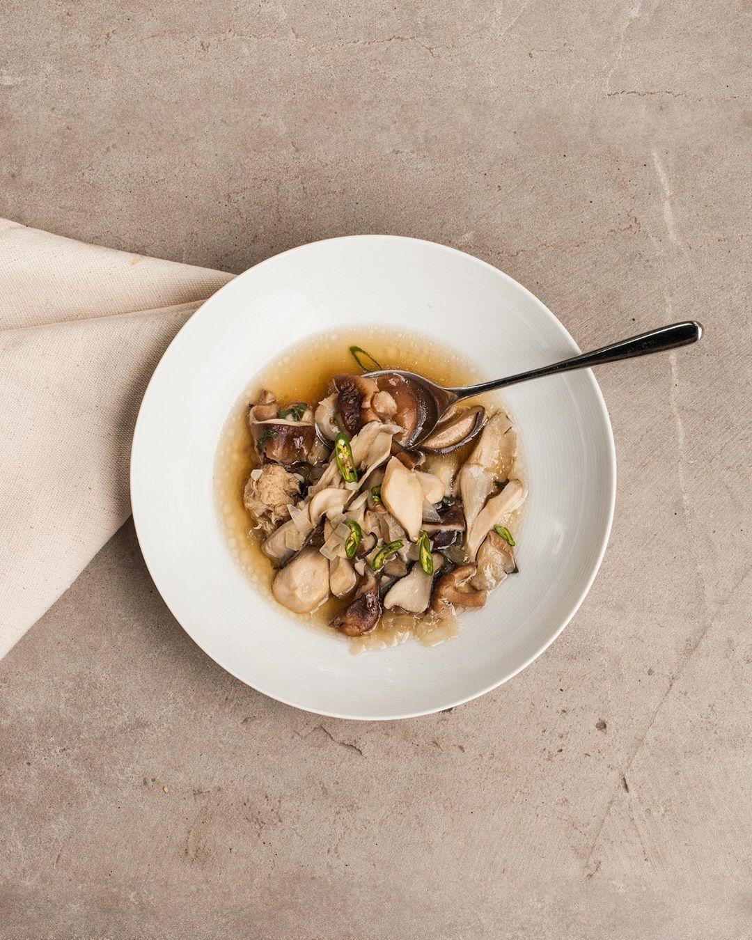 08032019_receta-sopa+de+hongos.jpg
