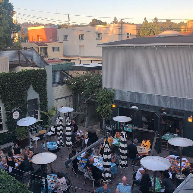 Another gorgeous night on our spectacular patio! #outdoordining #doñatomás #hotseptember #heatwave #oakland #temescal #margaritas