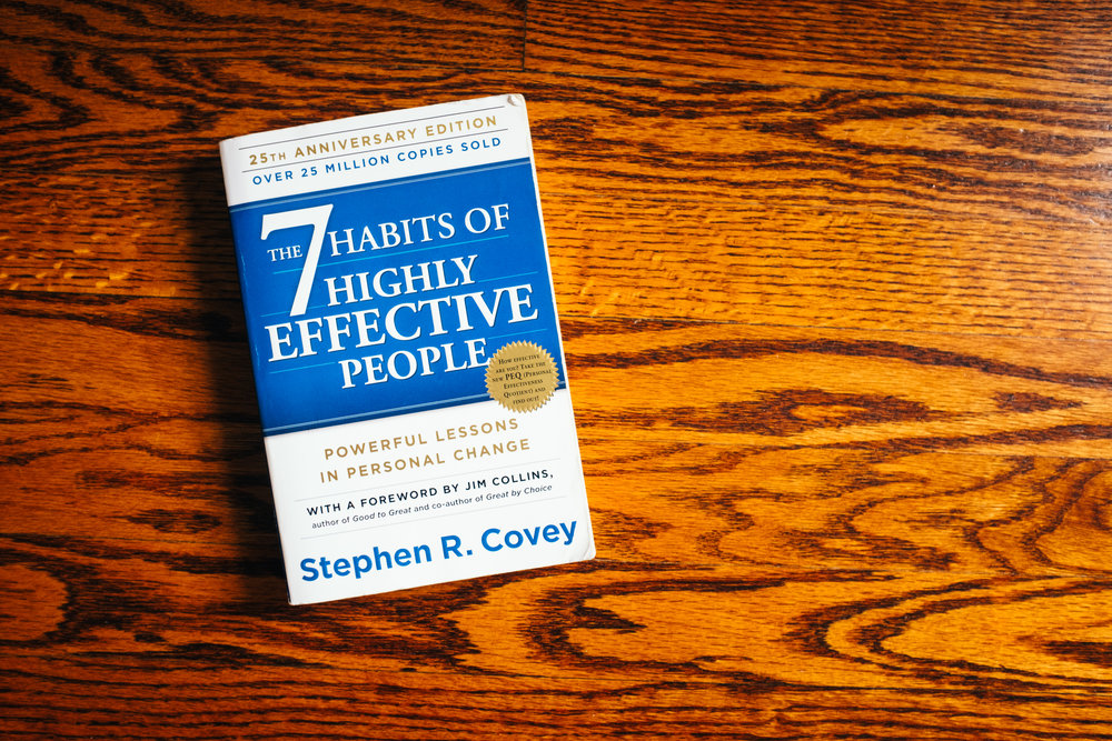 7_habits_of_highly_effective_people_stephen_covey_magalie_rene_hayes_book_recommendation.jpeg