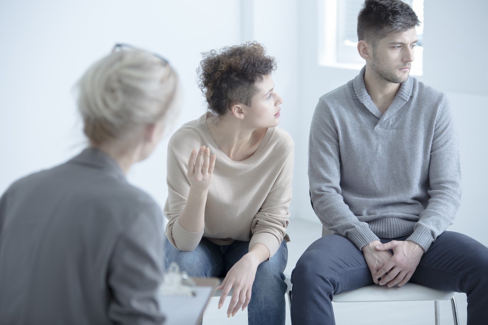 (Attending relationship therapy can help partners heal after an affair.)