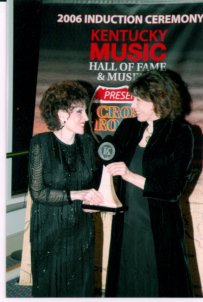 Lily Tomlin Inducting Dottie Into KY Music Hall Of Fame 2006