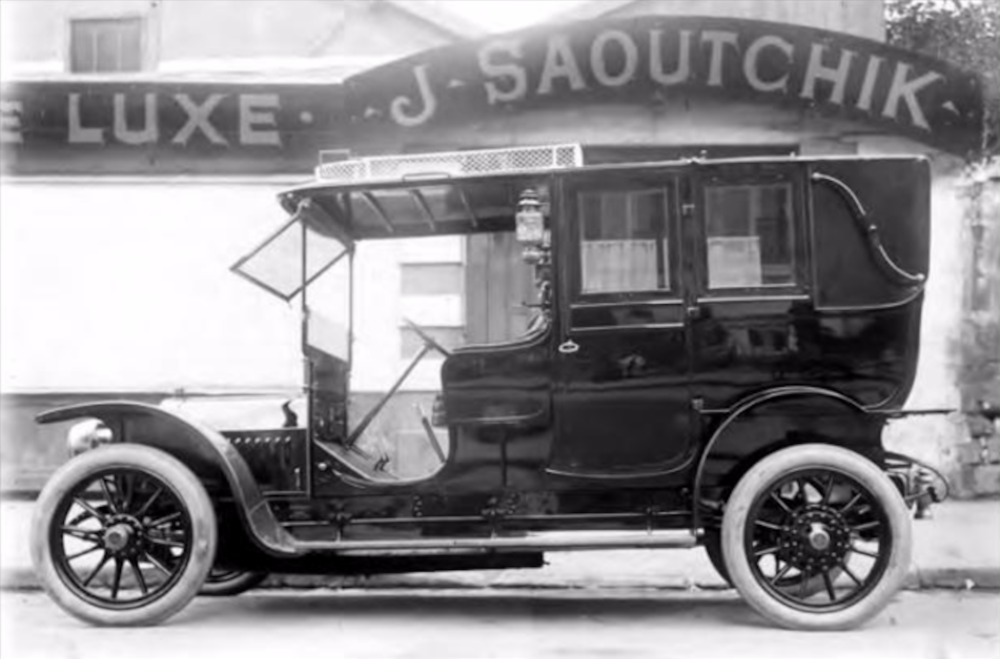 (1907) 22 CV Berliet ...This is the earliest known photo of a Saoutchik coach