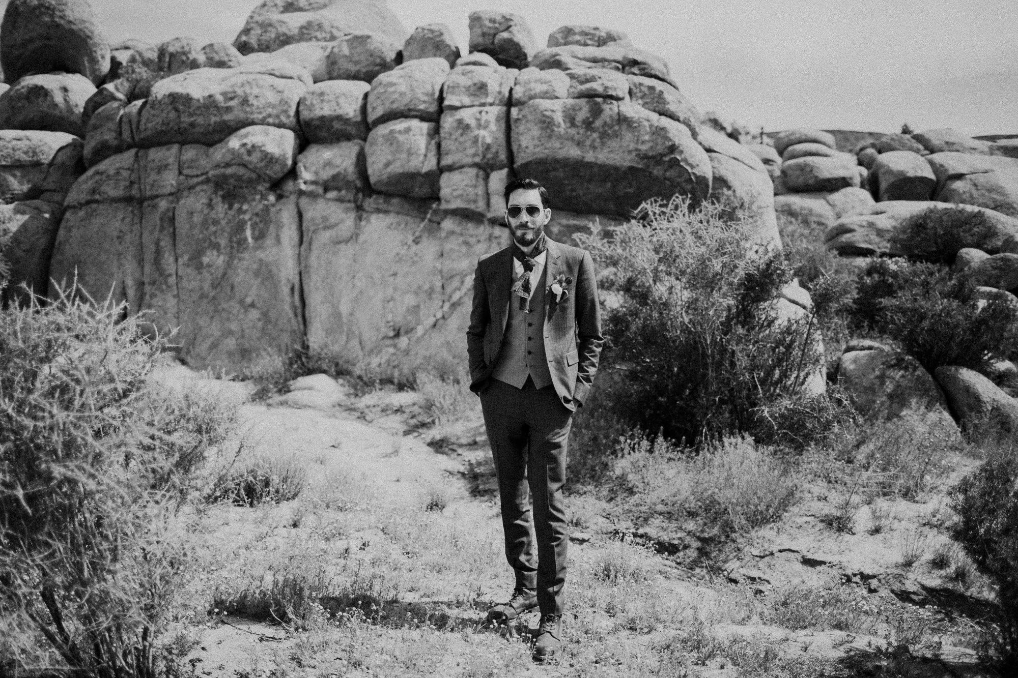 groom portraits in the desert