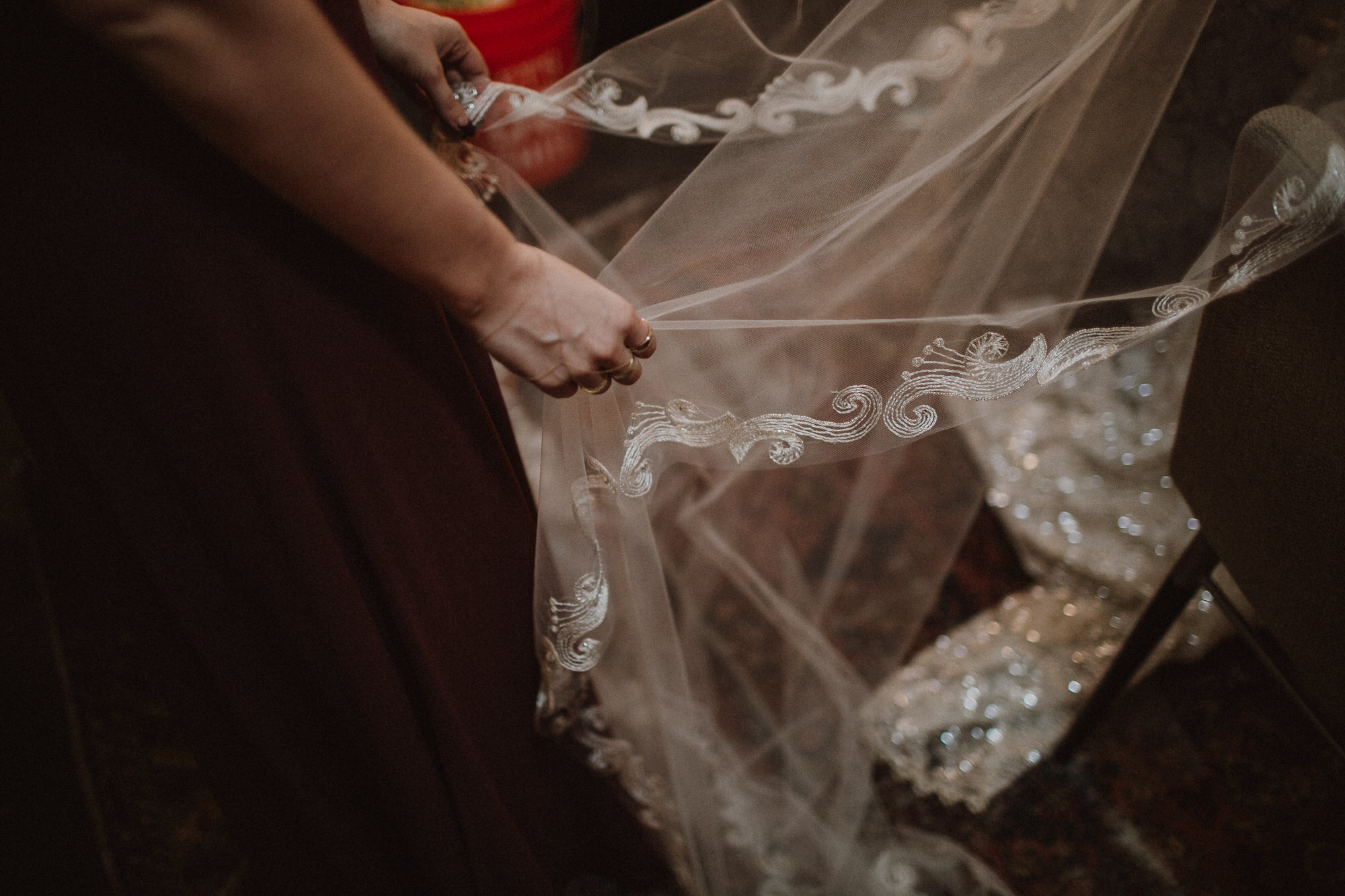 los angeles wedding veil