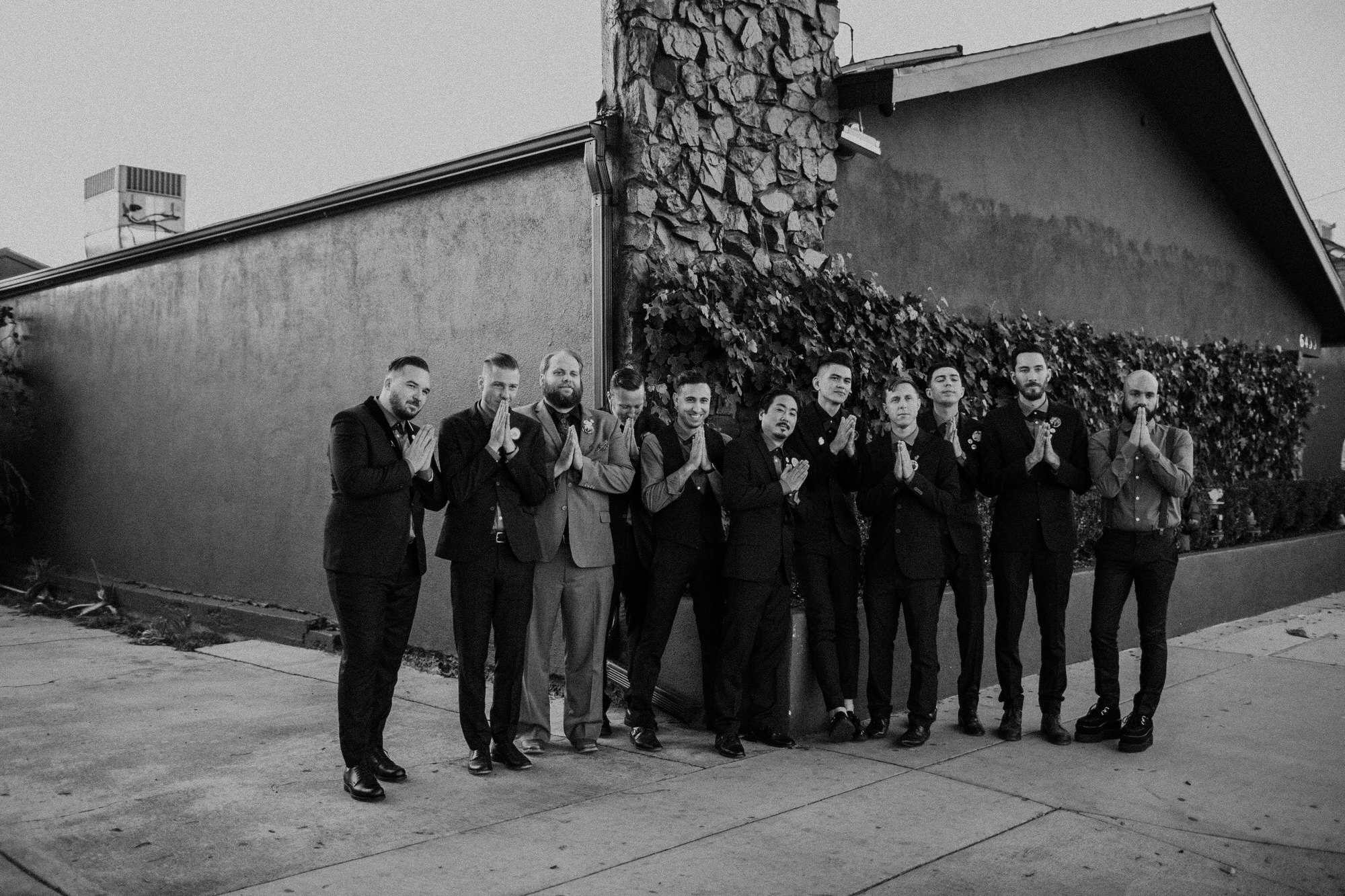 portraits of the bridal party at the fig house