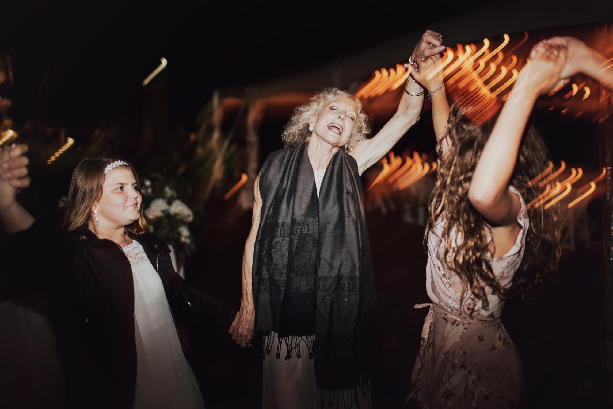 emily-aaron-rochester-new-york-wedding-photographer-152.JPG