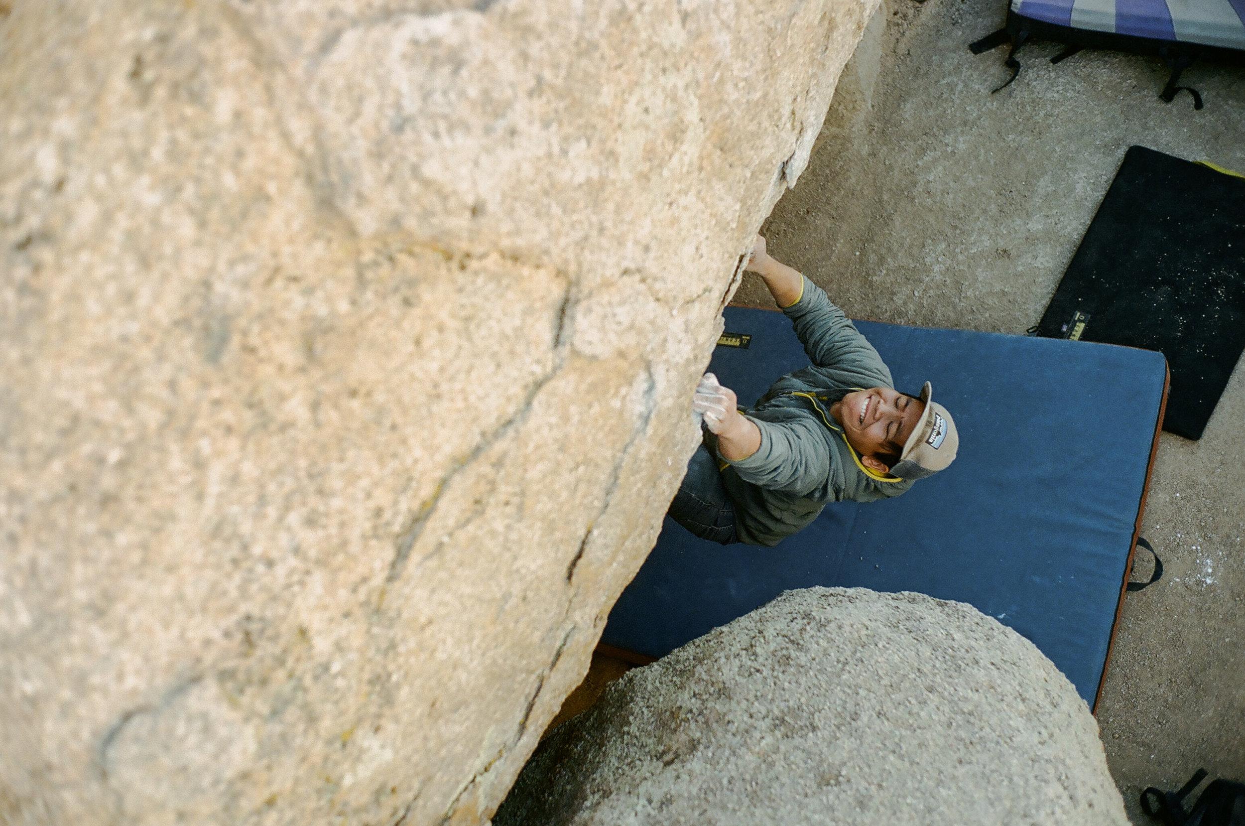 Shawn bouldering in Bishop