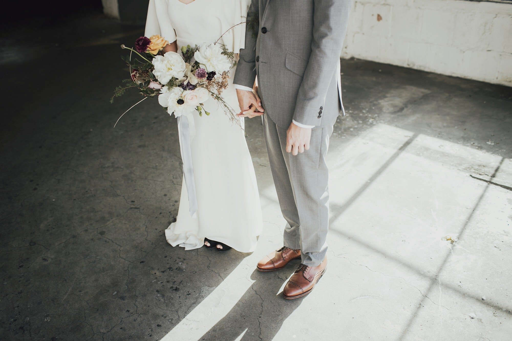 Cool wedding photos of bride and groom in portland oregon