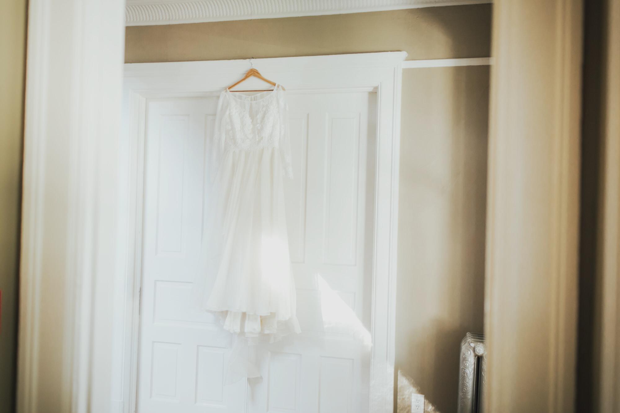 Photo of wedding dress