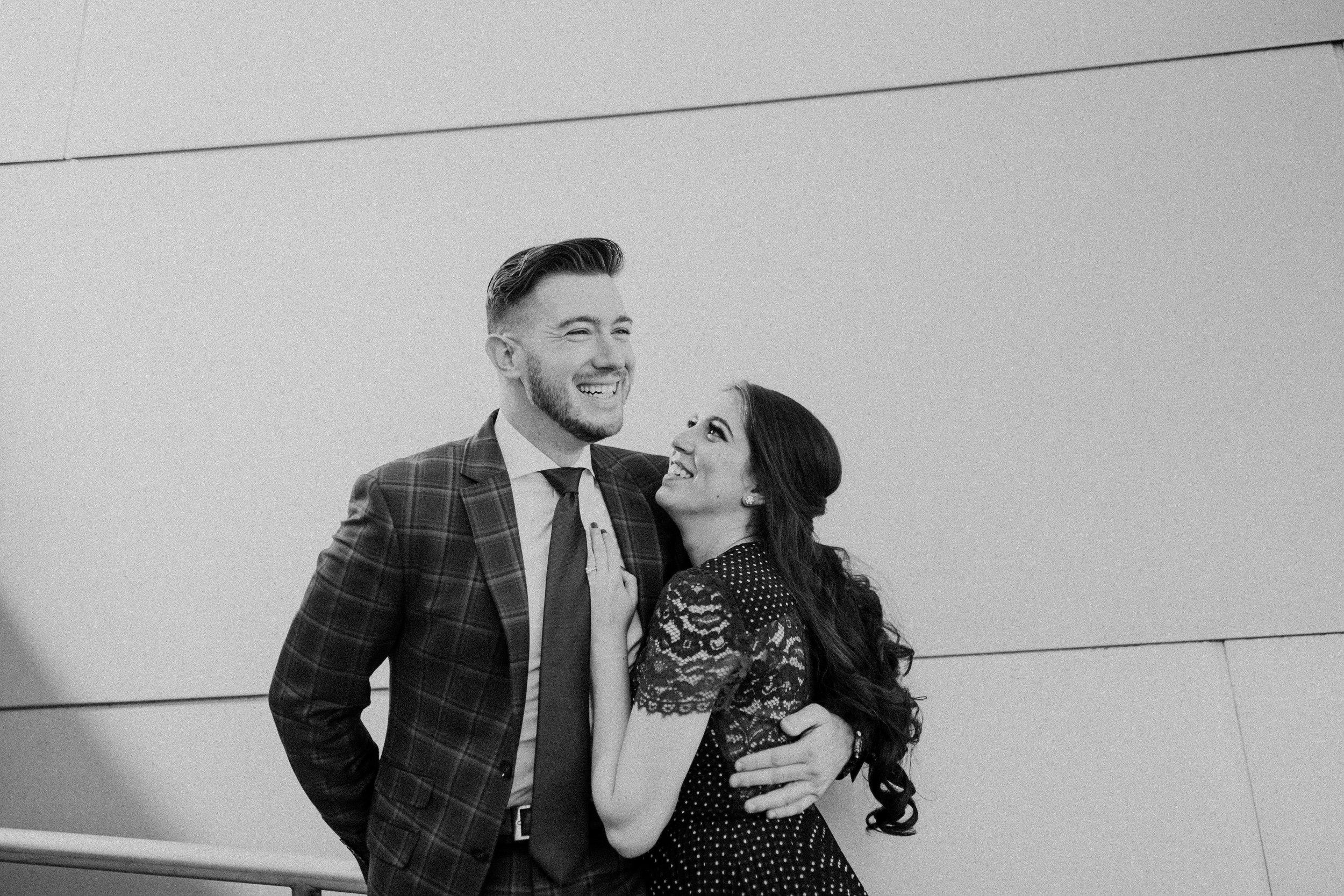 la engagement couple