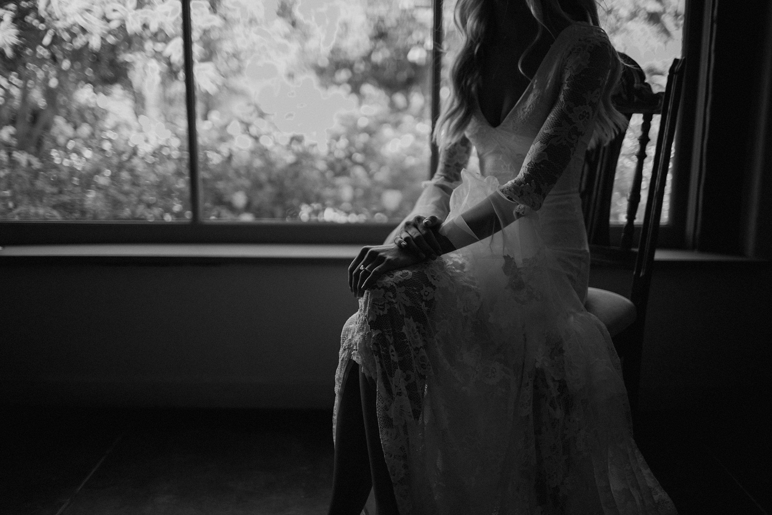 documentary style wedding photogarpher