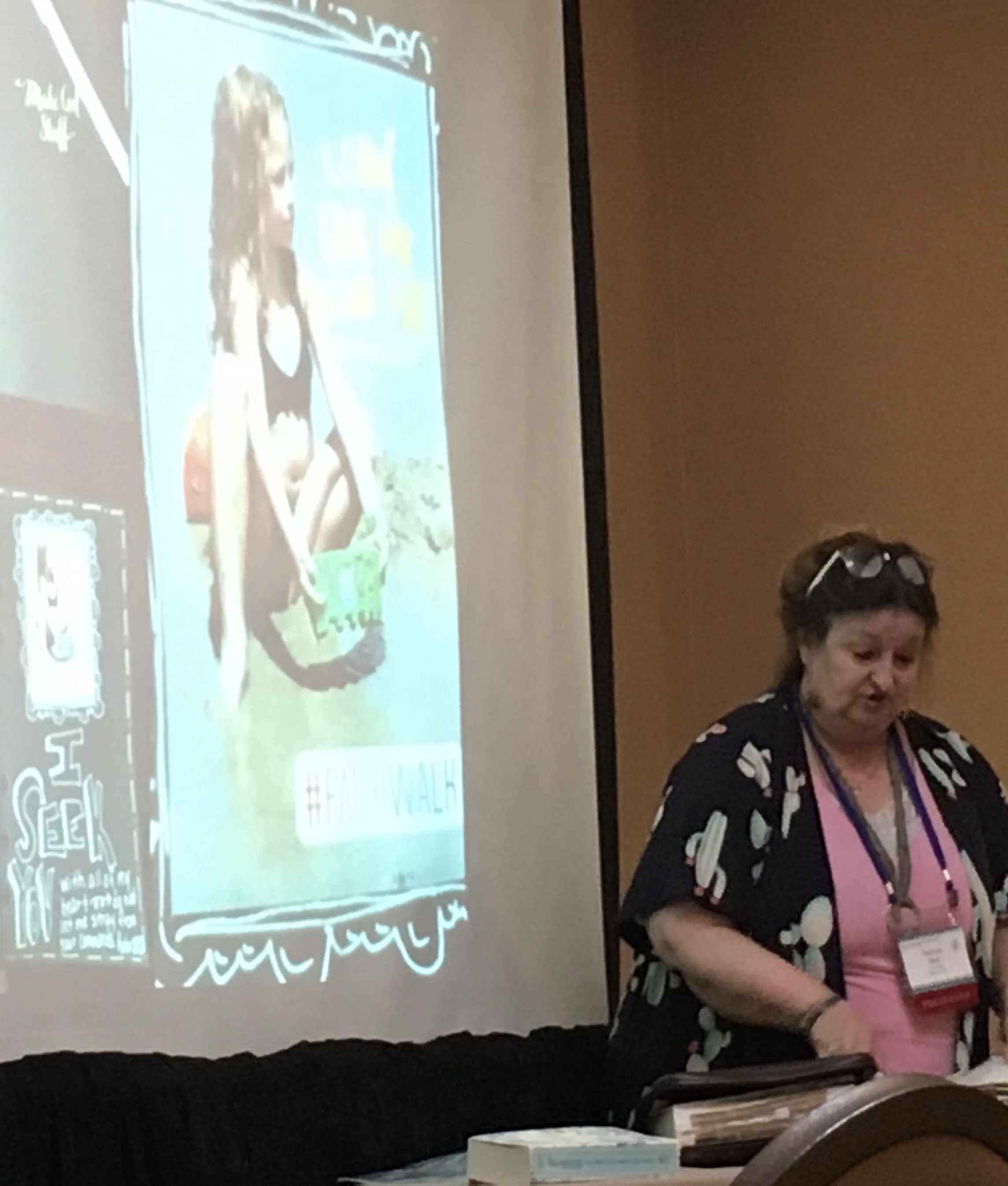 Thanks to Visual Faith Coach- Belinda Bost from Conover, North Carolina  for her Devotional Art workshop tracksat the 2018 Reaching for Others Conference  in Roanoke, Virginia this past weekend.