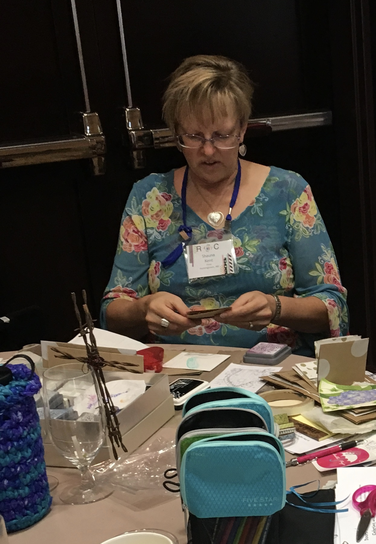 Shauna and her husband Rev. Jim Kent  serve at First Lutheran Church in Huntington, Maryland.  Shauna is an experienced cardmaker and crafter.  She is a wonderful encourager of Visual Faith practices.