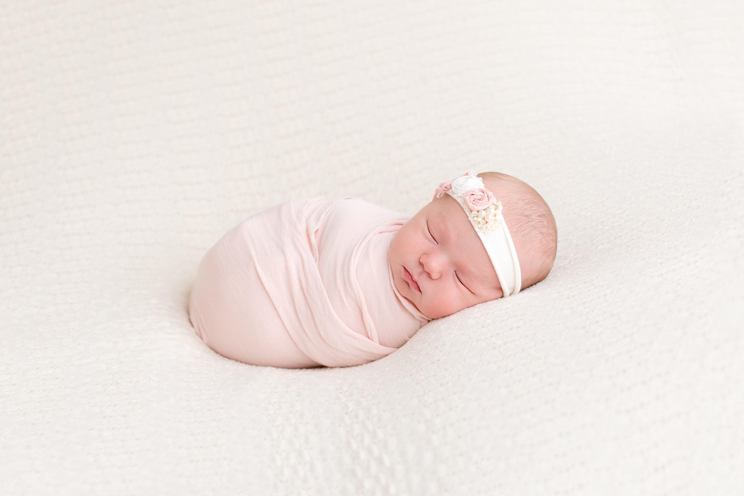 newborn photography - peoria, Arizona   Lauren Iwen photography