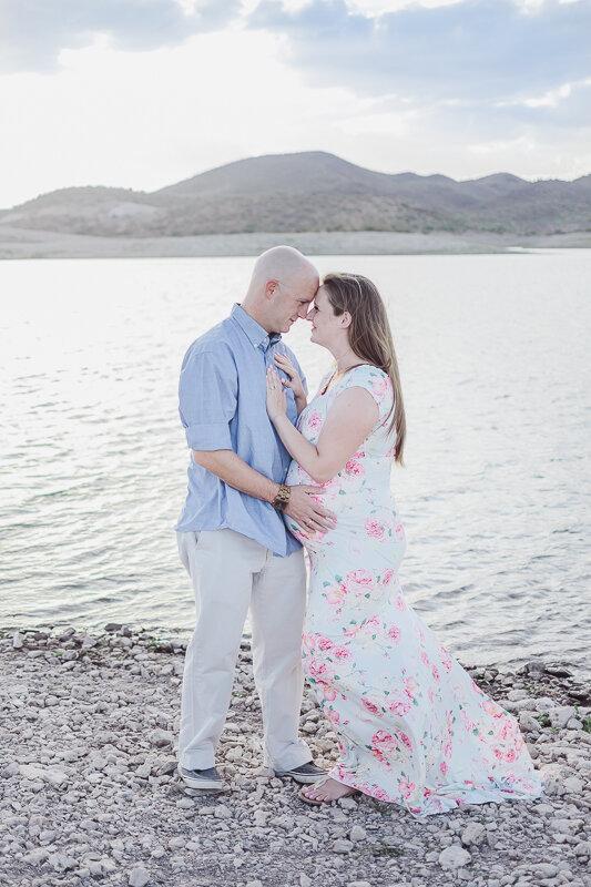 Maternity Photography - Phoenix, AZ | Lauren Iwen Photography LLC
