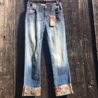 Cropped Boot Cut jean