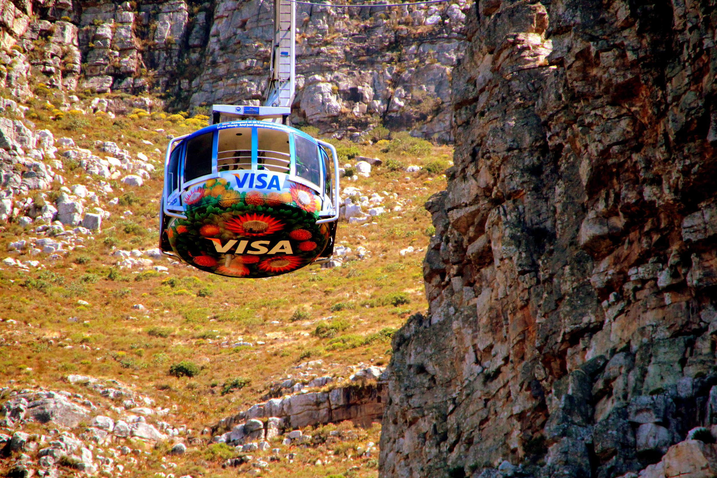 Cable Car at Table Mountain – The easier way to go up the mountain compared to hiking