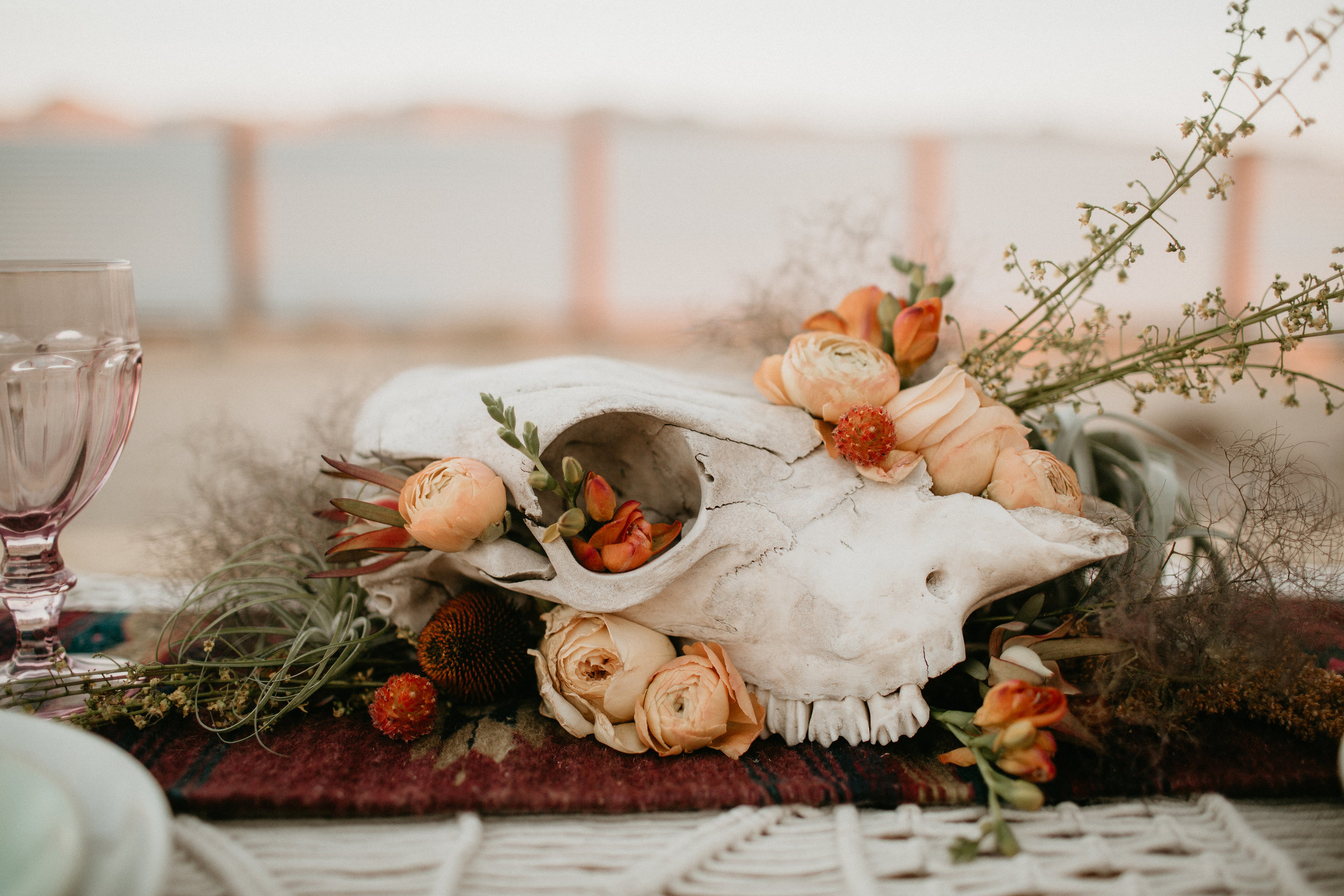 skull centerpiece with airplant #lrqcfloral #airplant
