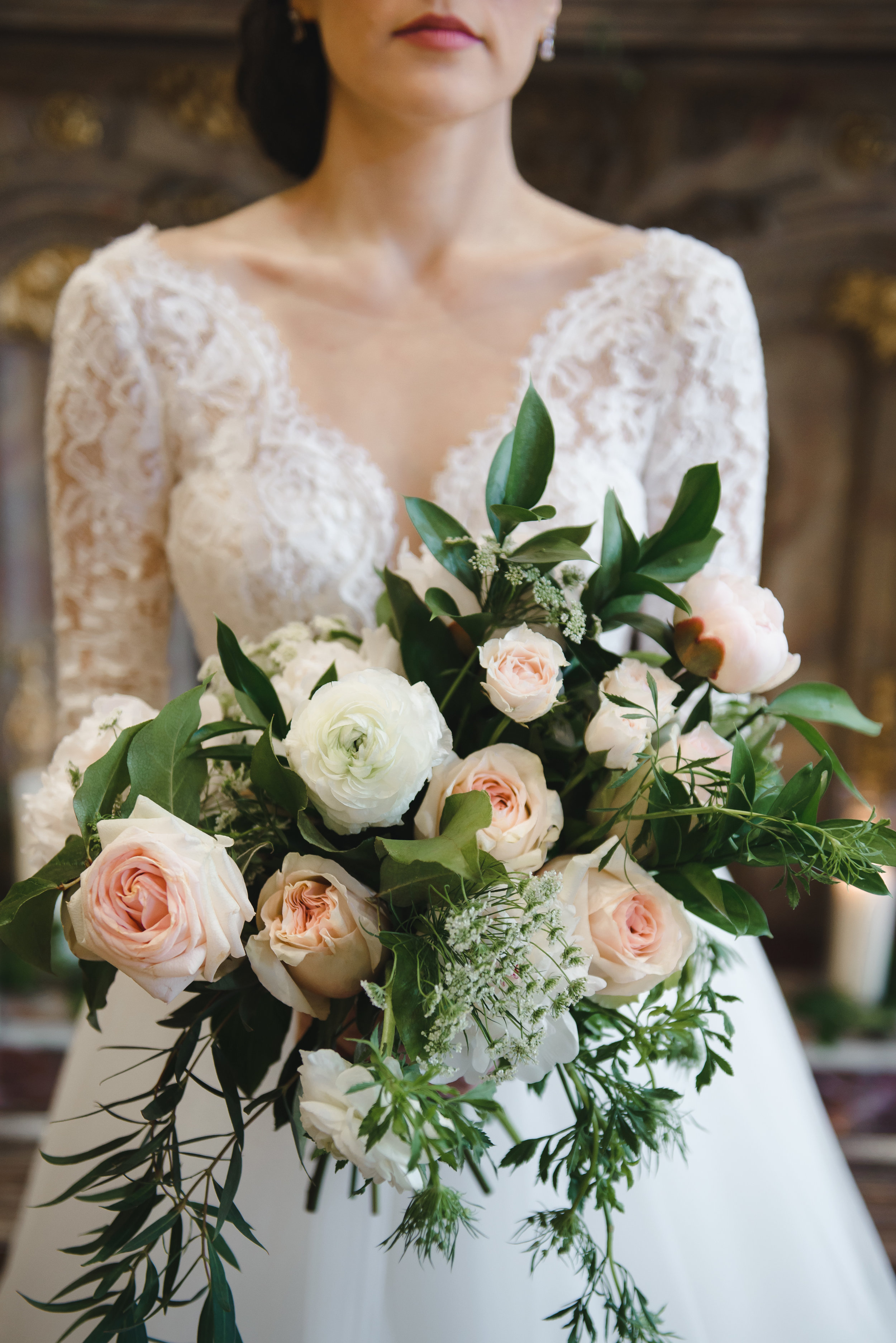 romantic blush and cream bouquet #lrqcfloral #dtla .jpg
