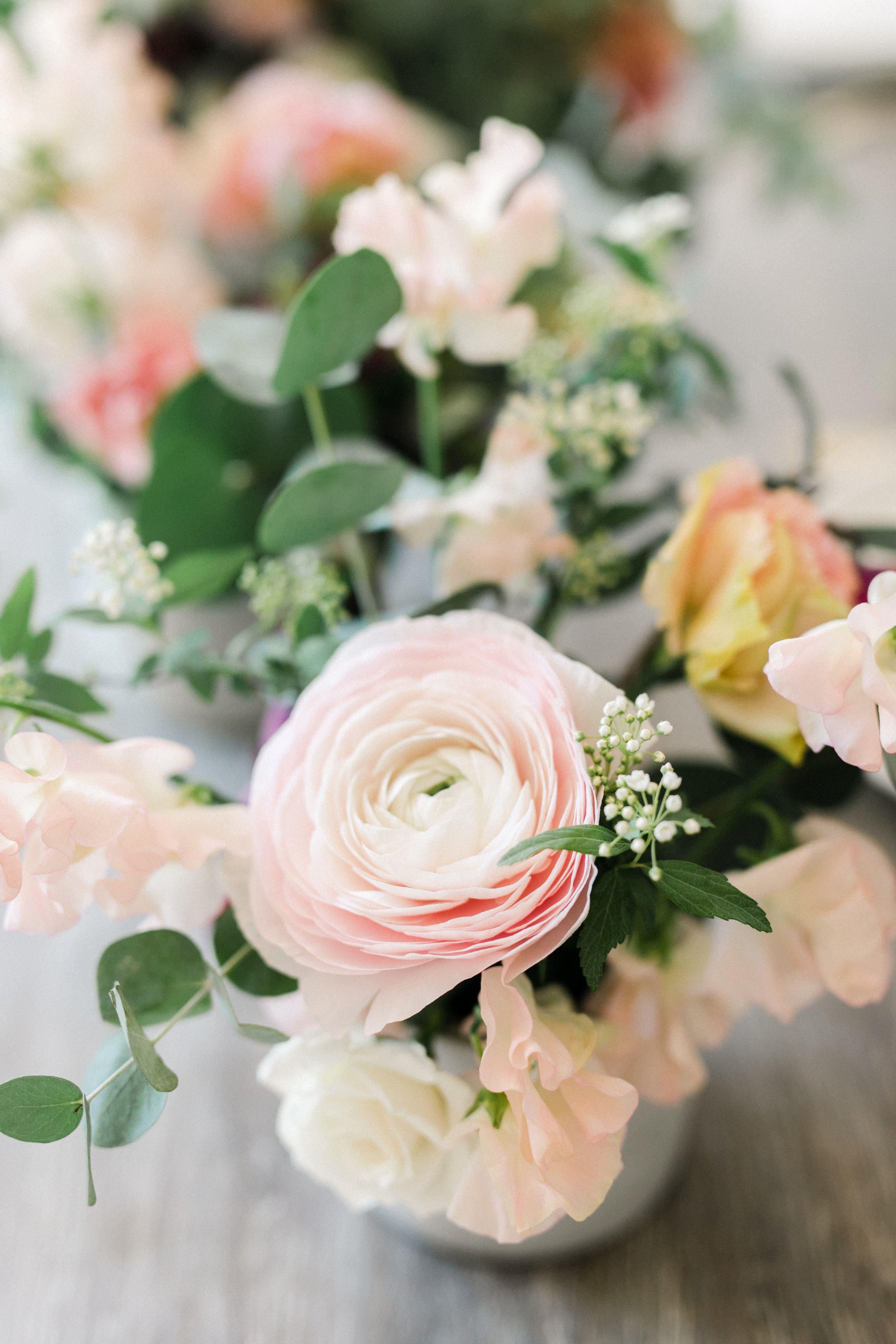 dusty pink and blush and mauve wedding florals with green wedding shoes #lrqcfloral #greenweddingshoes