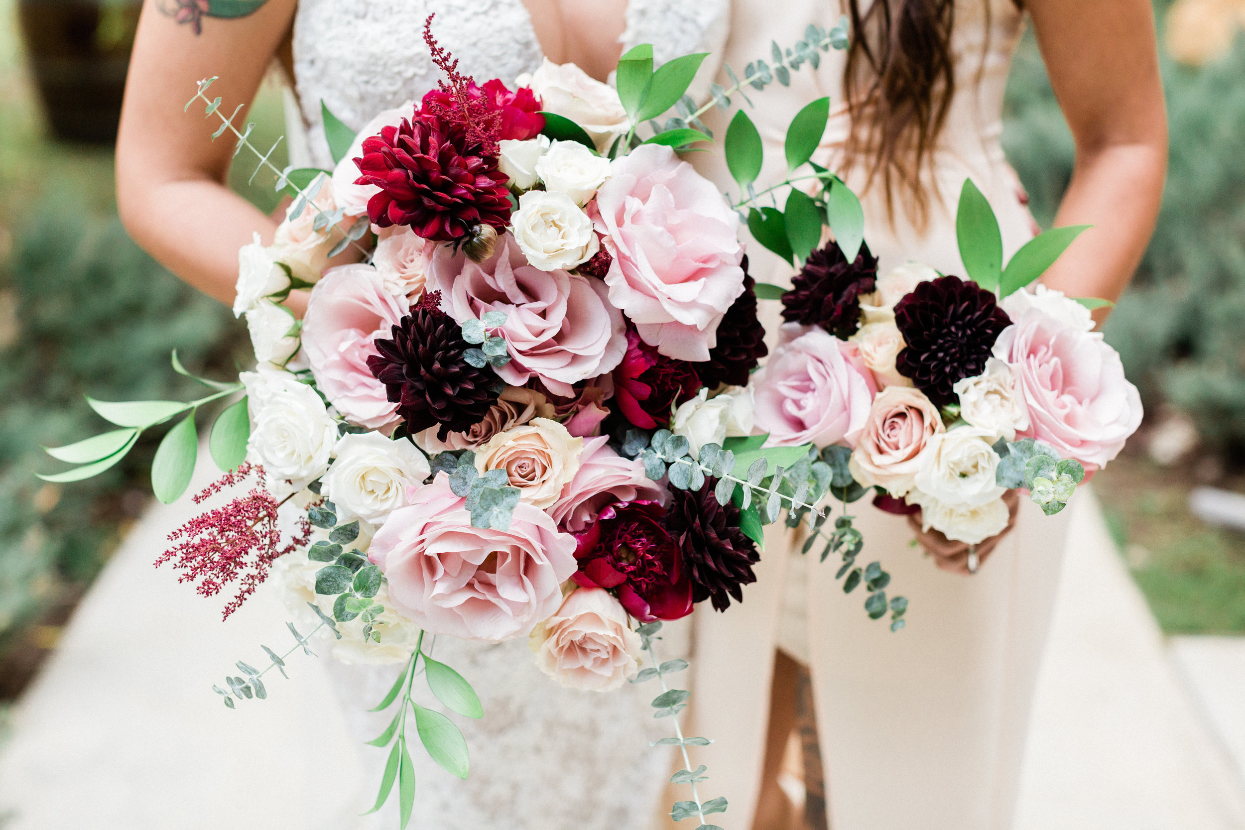 blush and burgandy bride and bridesmaids bouquets.jpg
