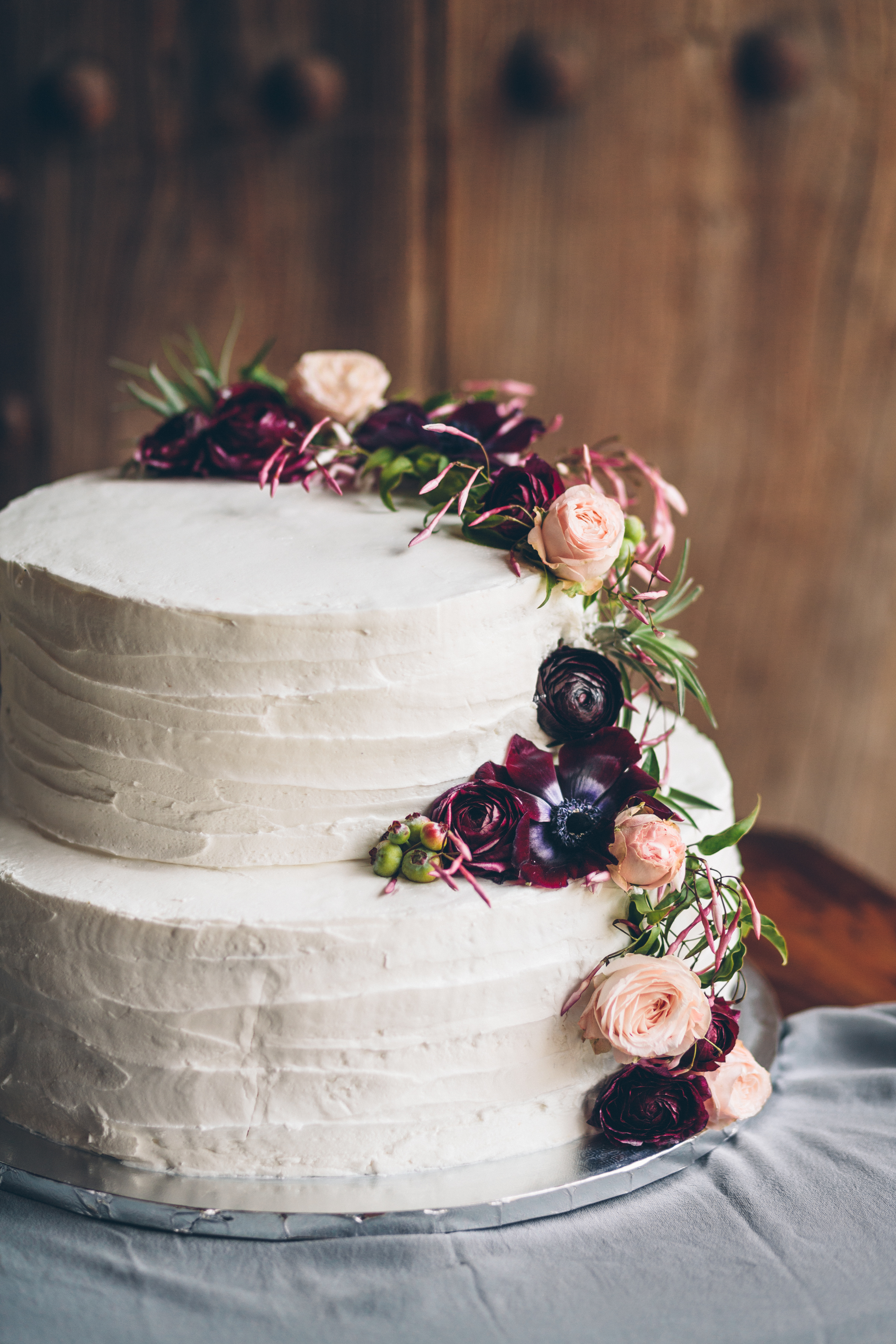 wedding cake with jasmine flowers.jpg