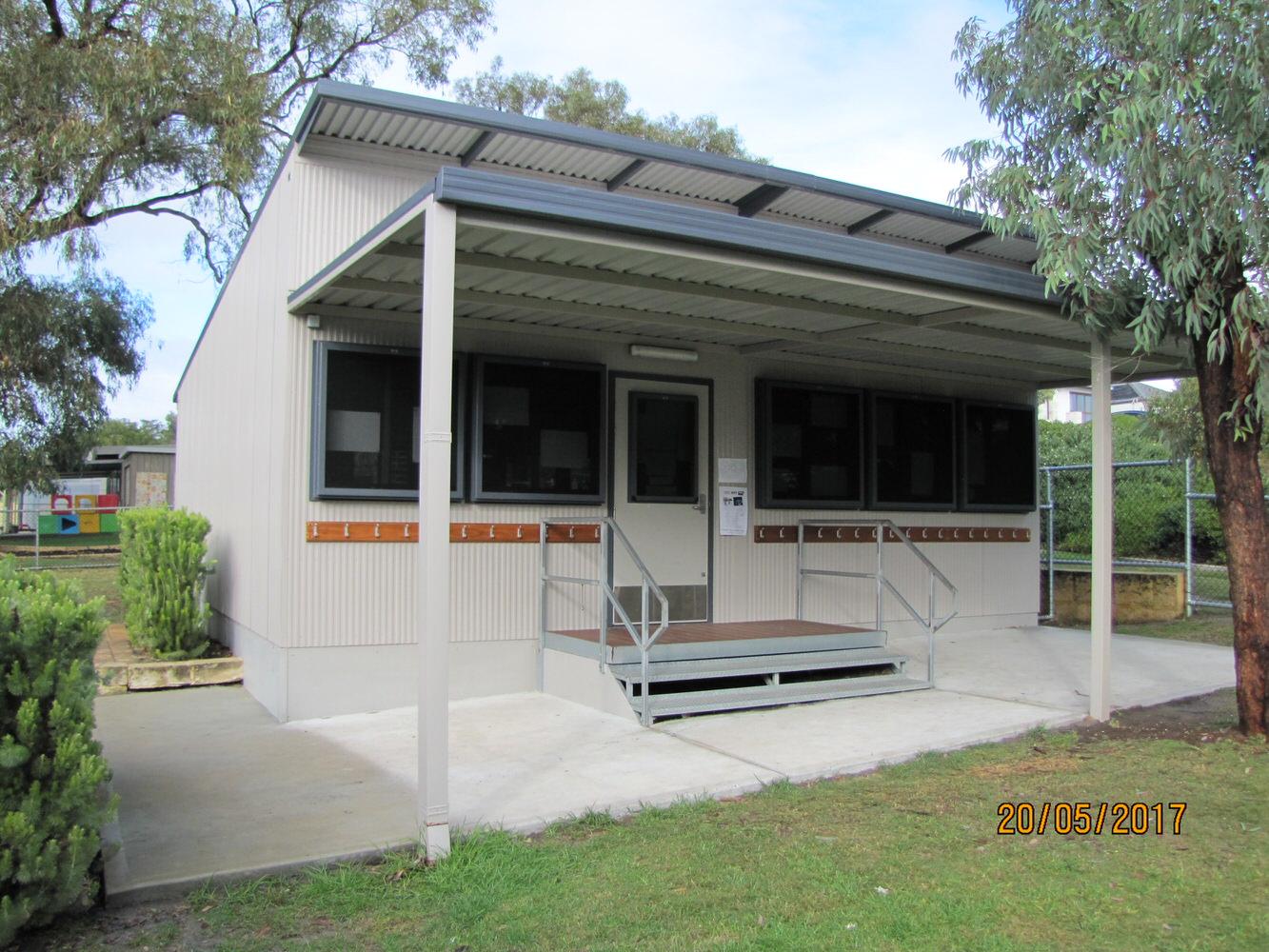 small school transportable classroom.JPG