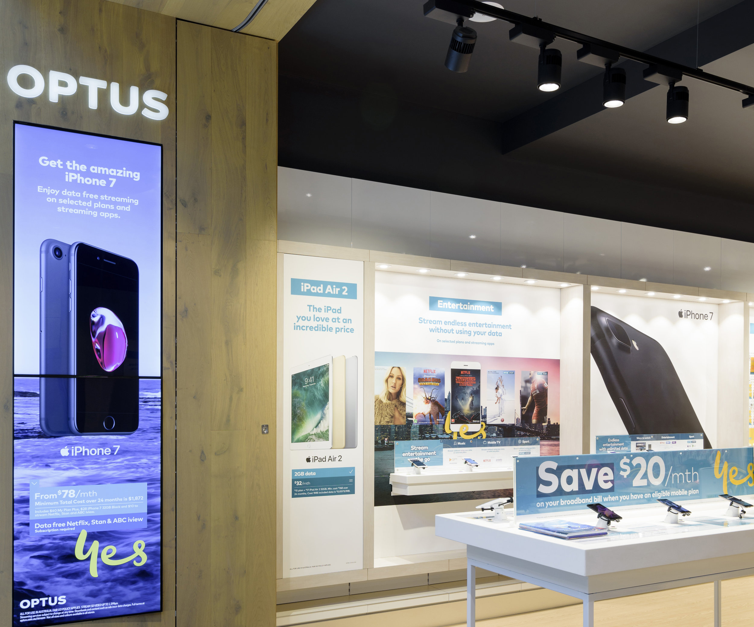 OPTUS AIRPORT WEST    Interior Design, Roll Out Strategy