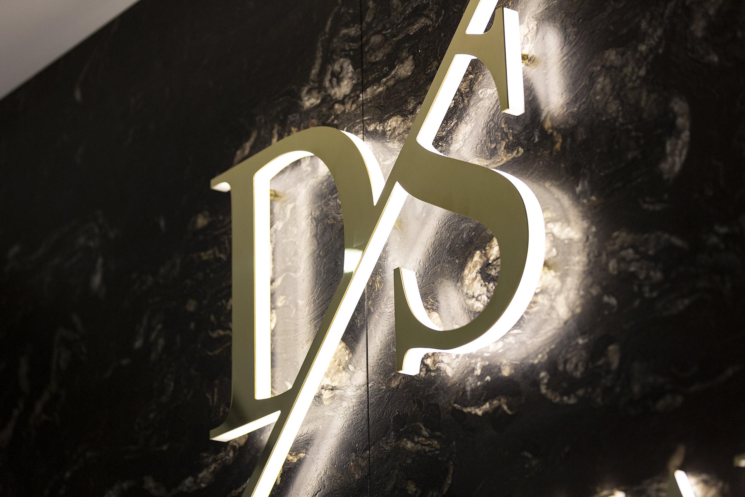 _AMP8552.jpg