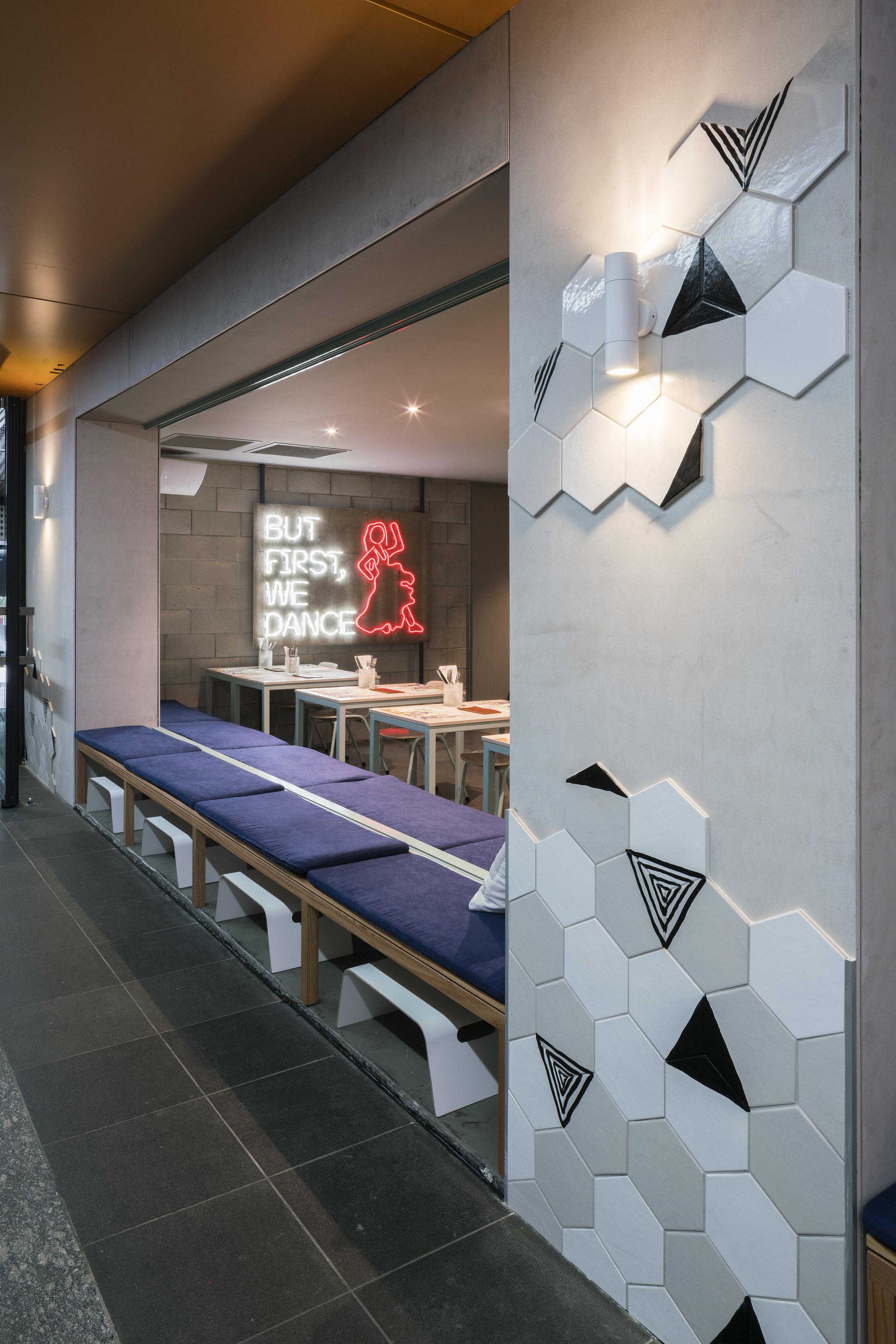 Comuna Cantina<strong>Interior Design & Branding.</strong>
