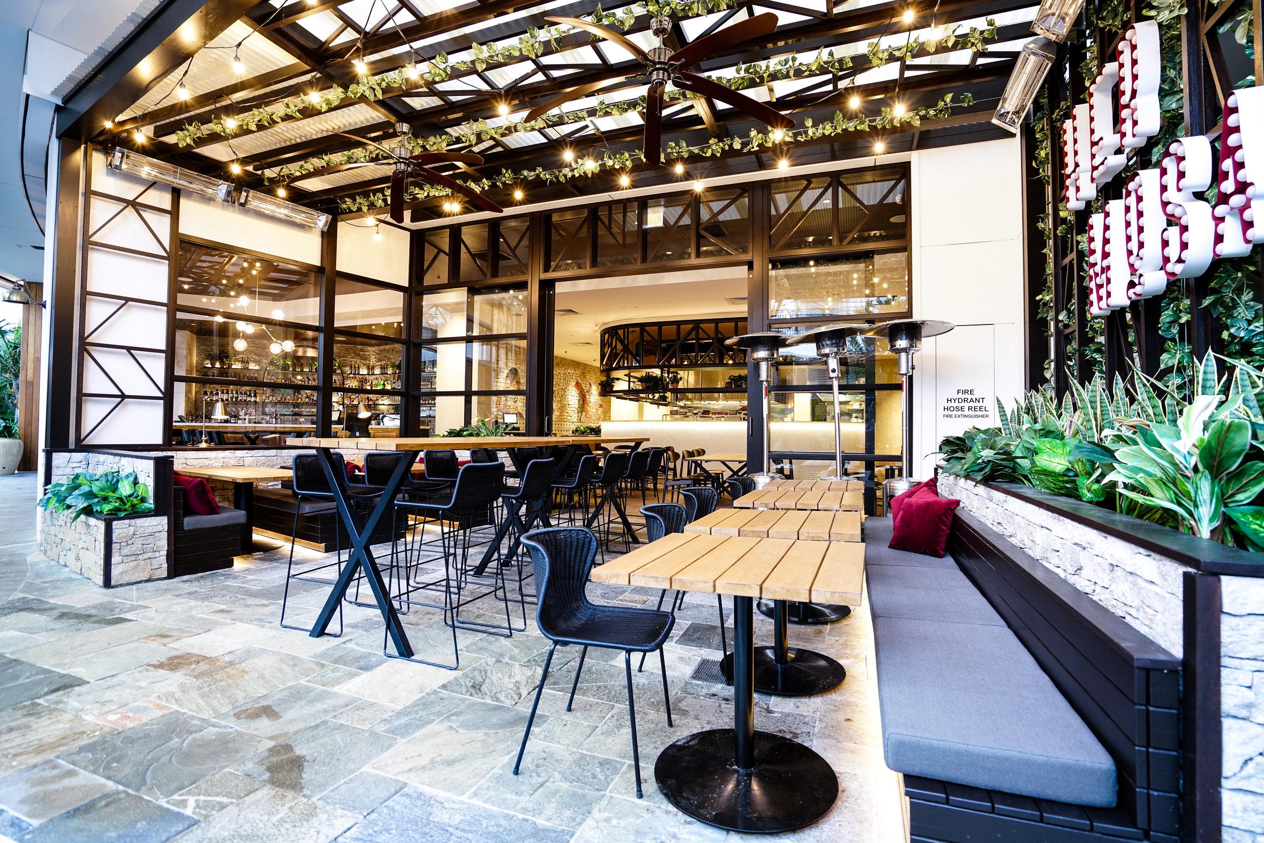 Hermosa Outdoor Dining - Collectivus Interior Design