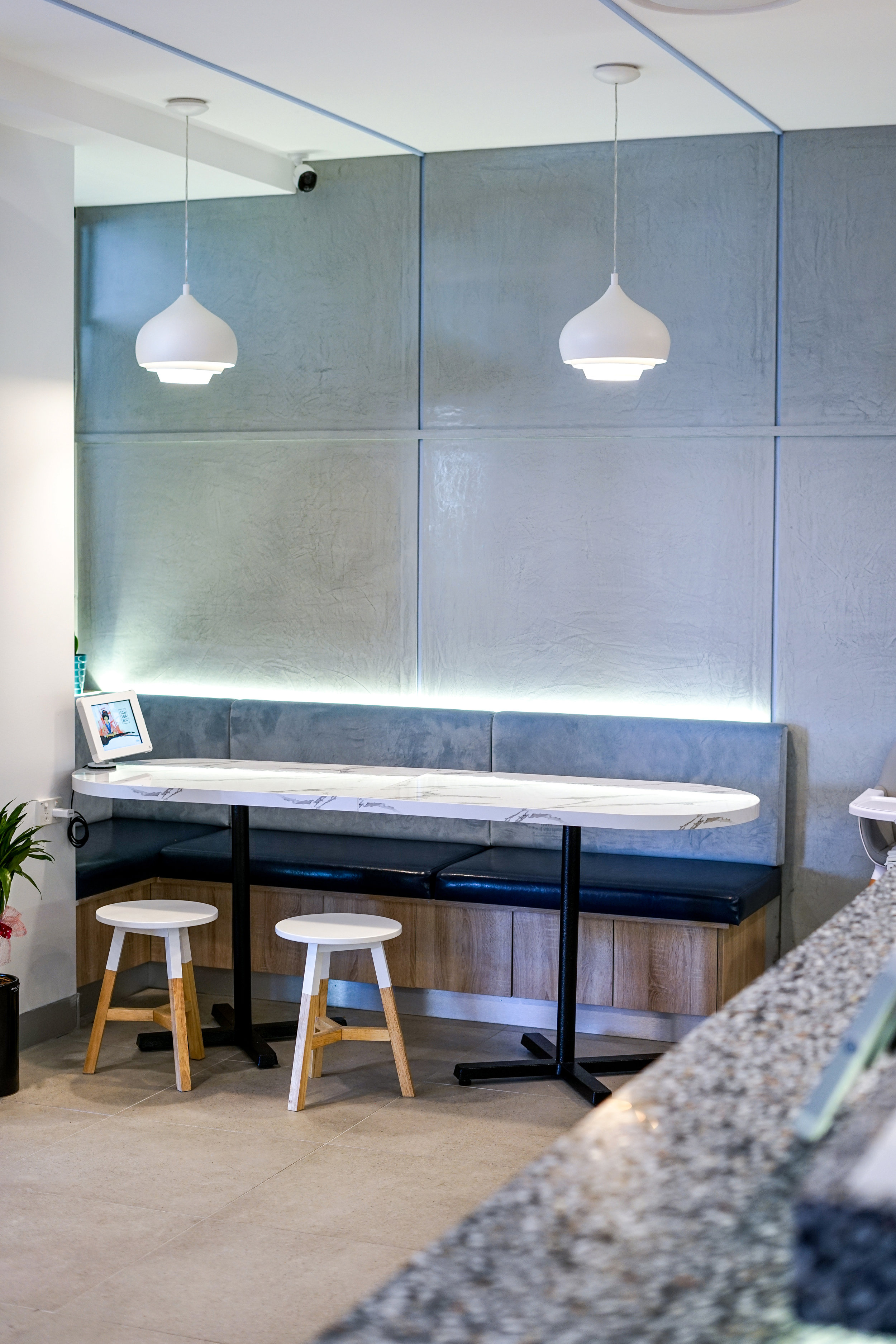 Ichiban Banquette Seating - Collectivus Interior Design