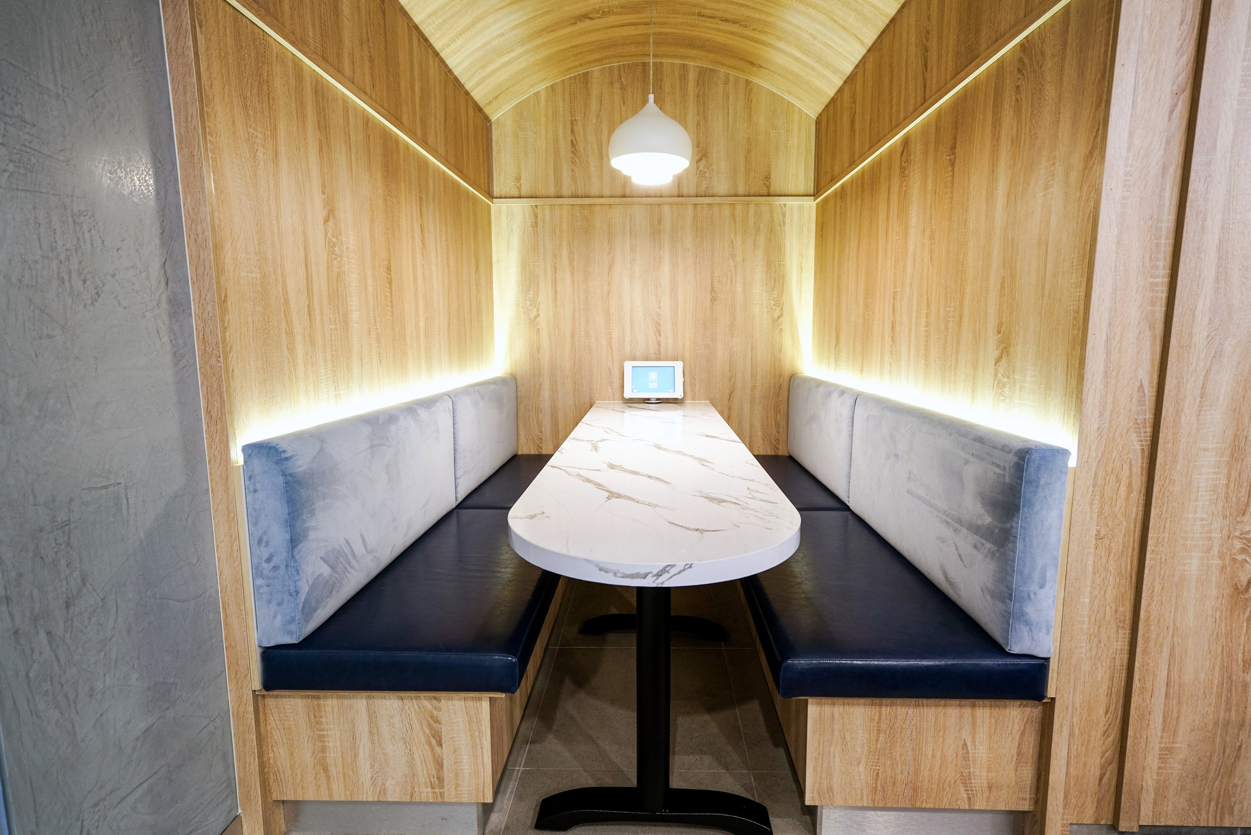 Ichiban Booth Seating - Collectivus Interior Design
