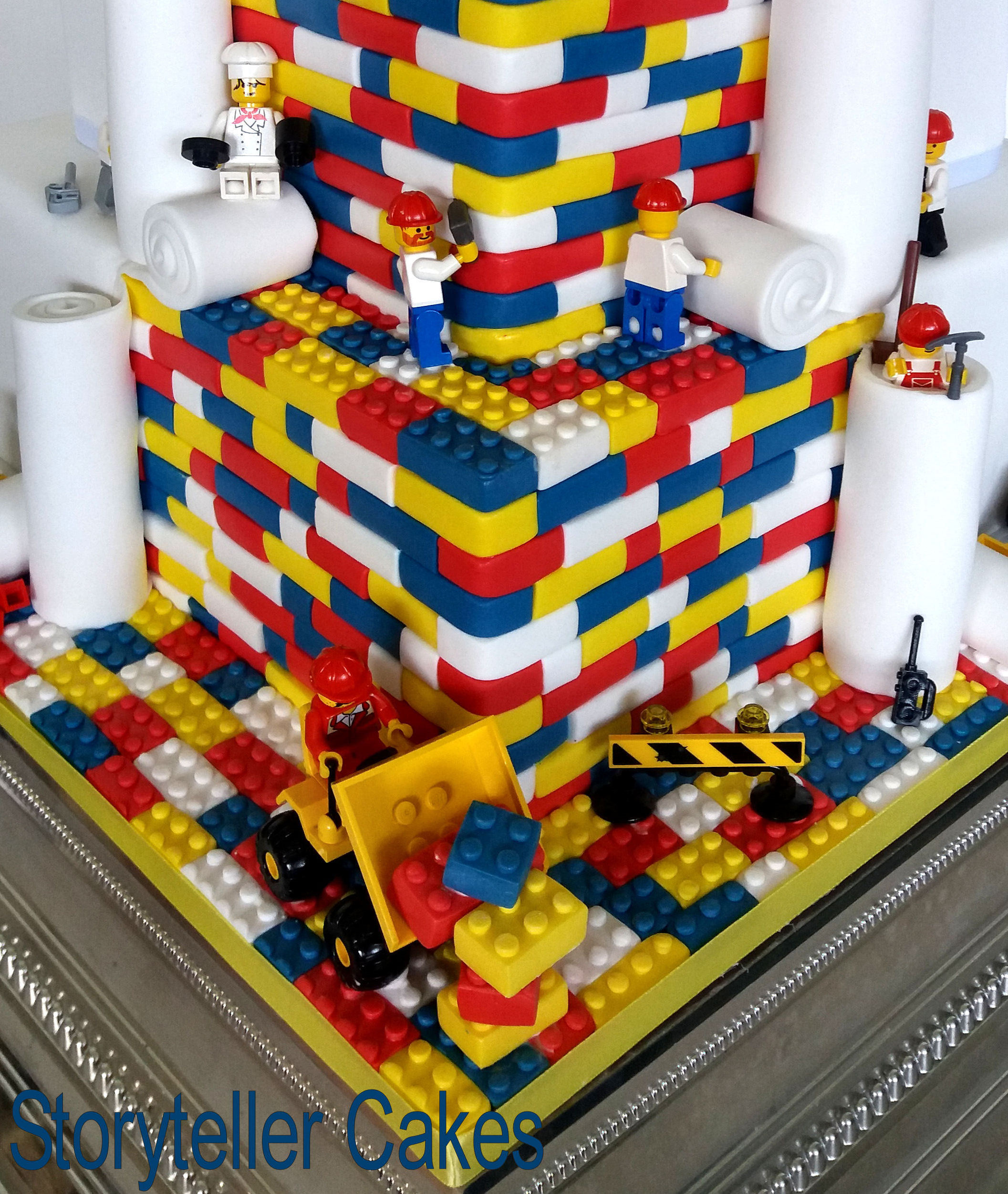 Lego Wedding Cake 3.jpg