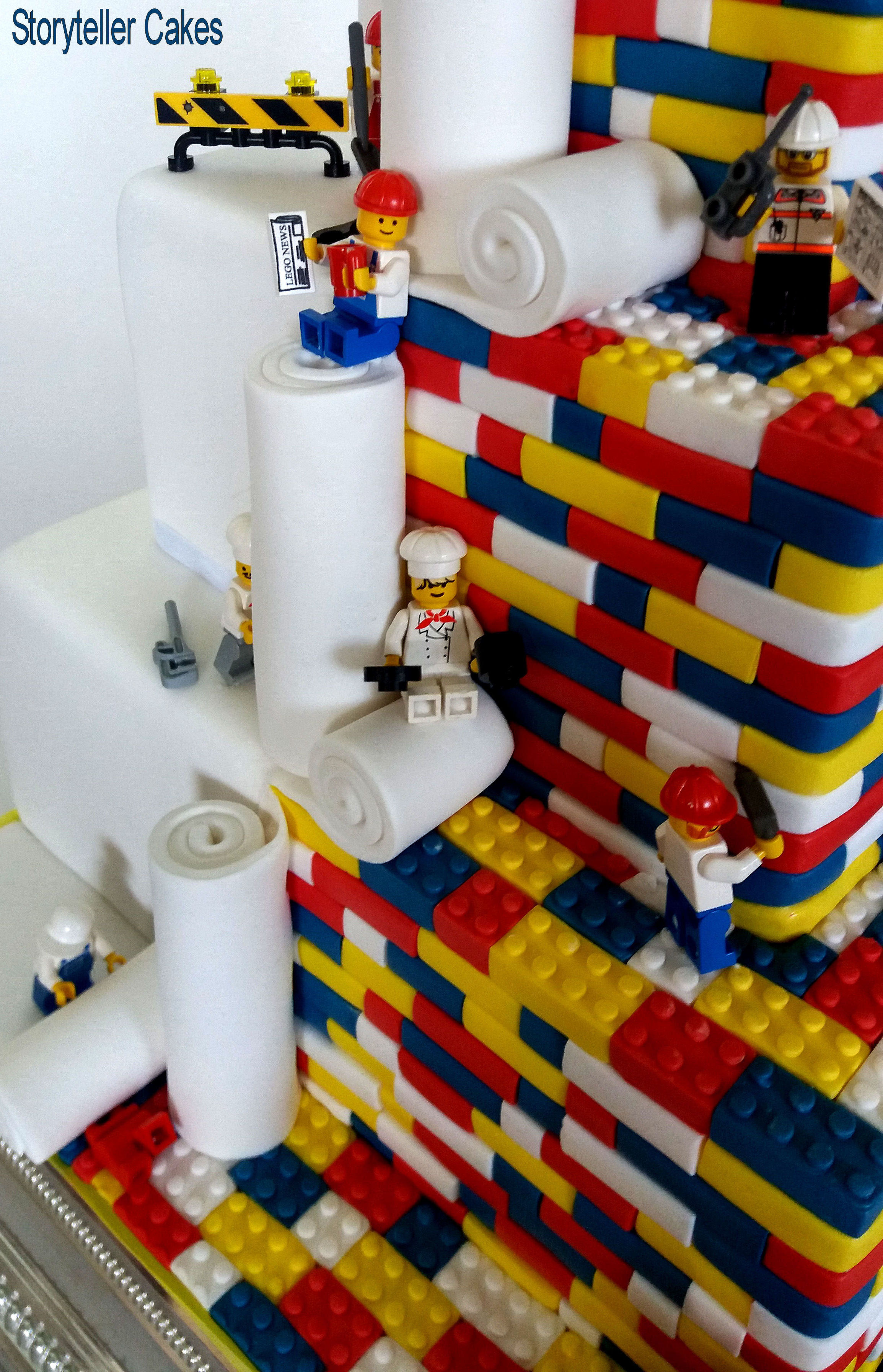 Lego Wedding Cake 4.jpg