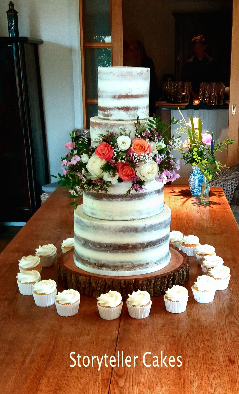 Floral Naked Cake 1.jpg