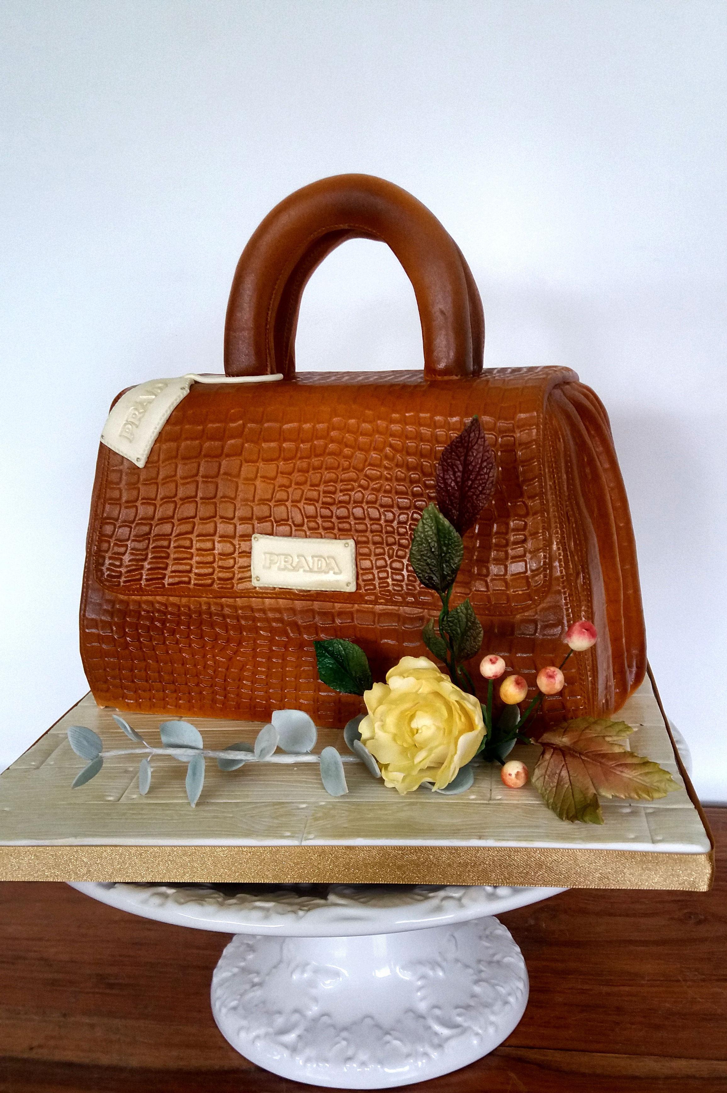 prada handbag cake.jpg