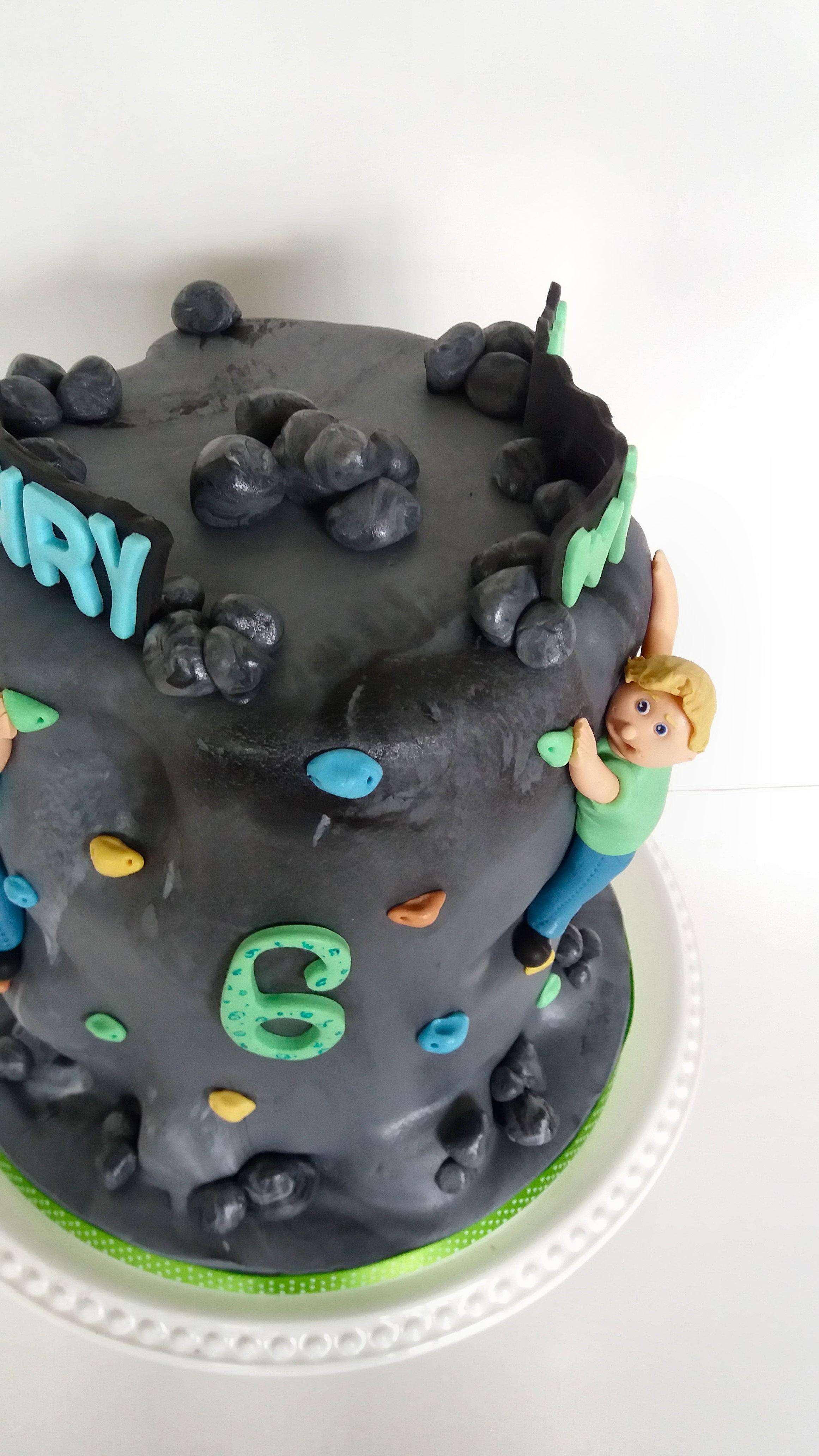 rock climbing cake.jpg