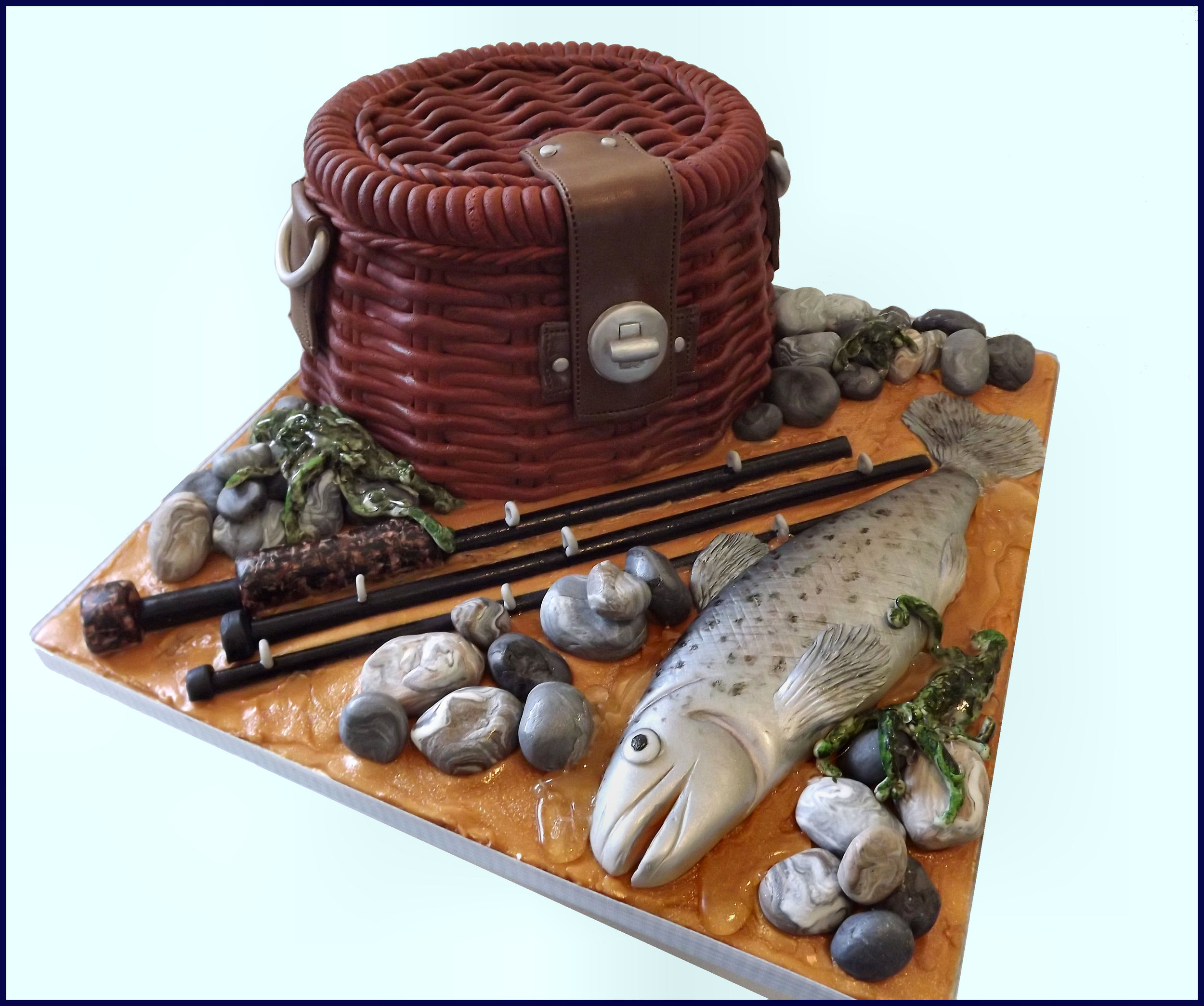 fishing cake 1.jpg