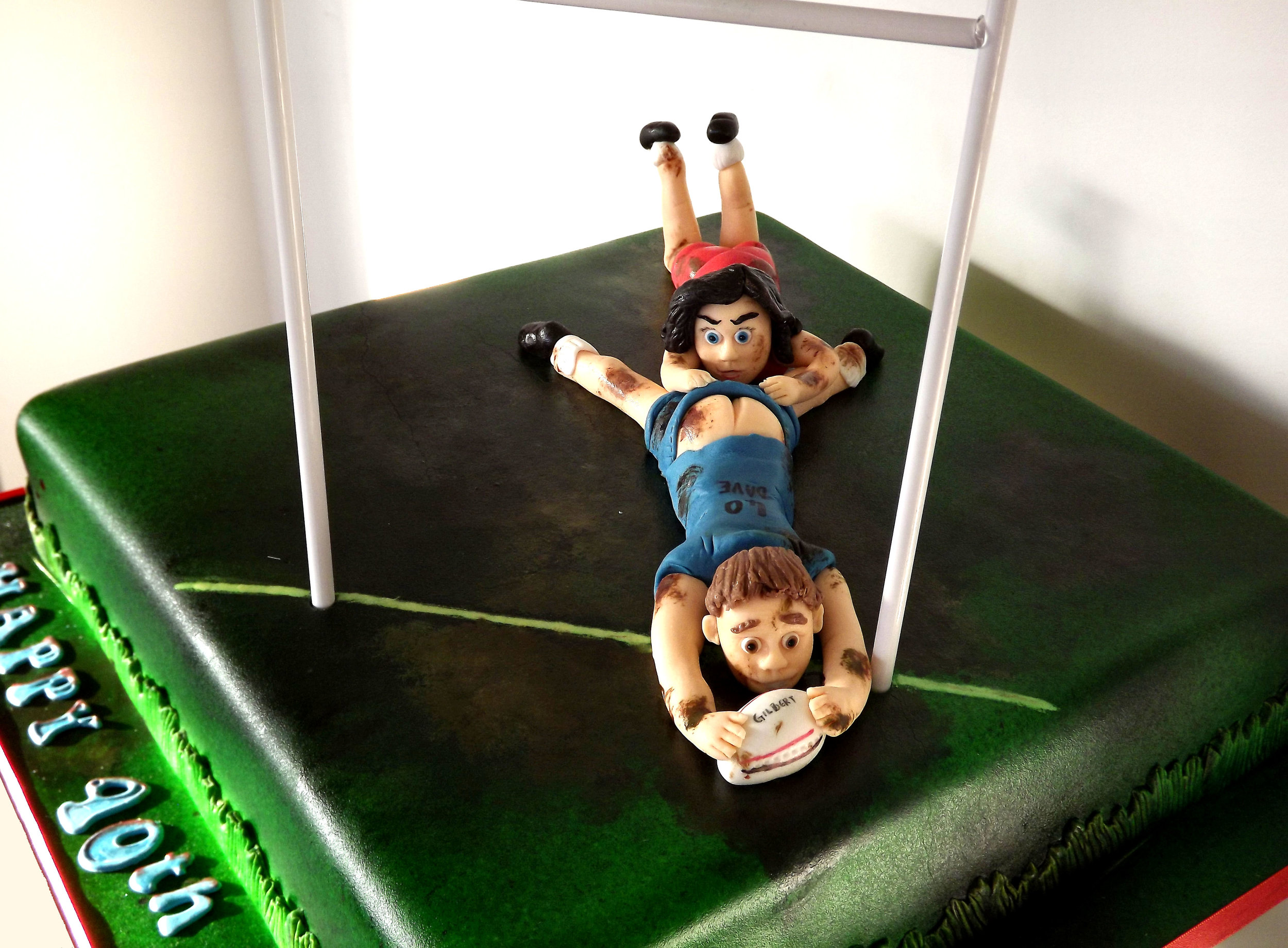 rugby player cake 2.jpg