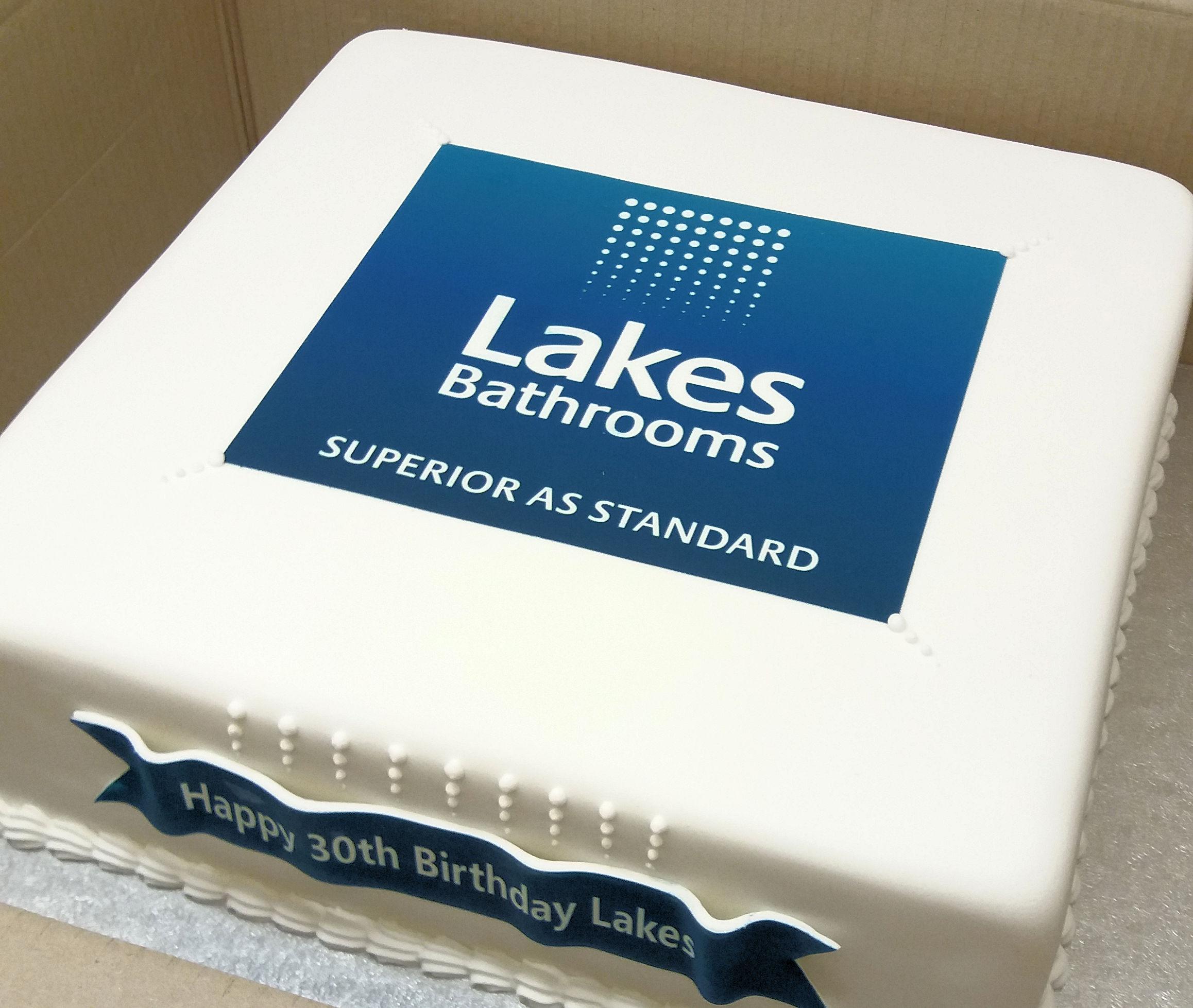 lakes corporate cake.jpg