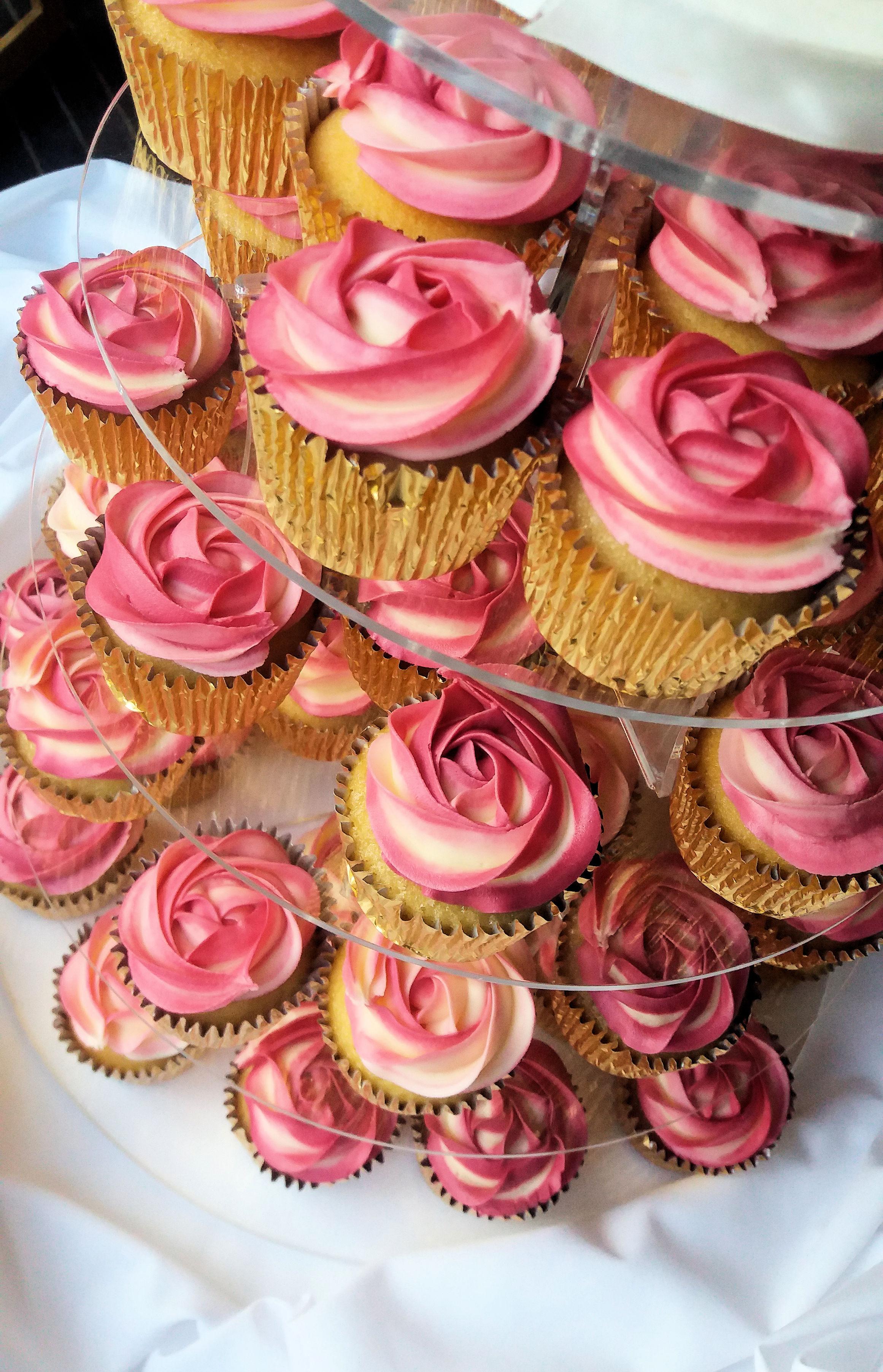 Cala Lilly Cake & Cupcake Tower 2.jpg