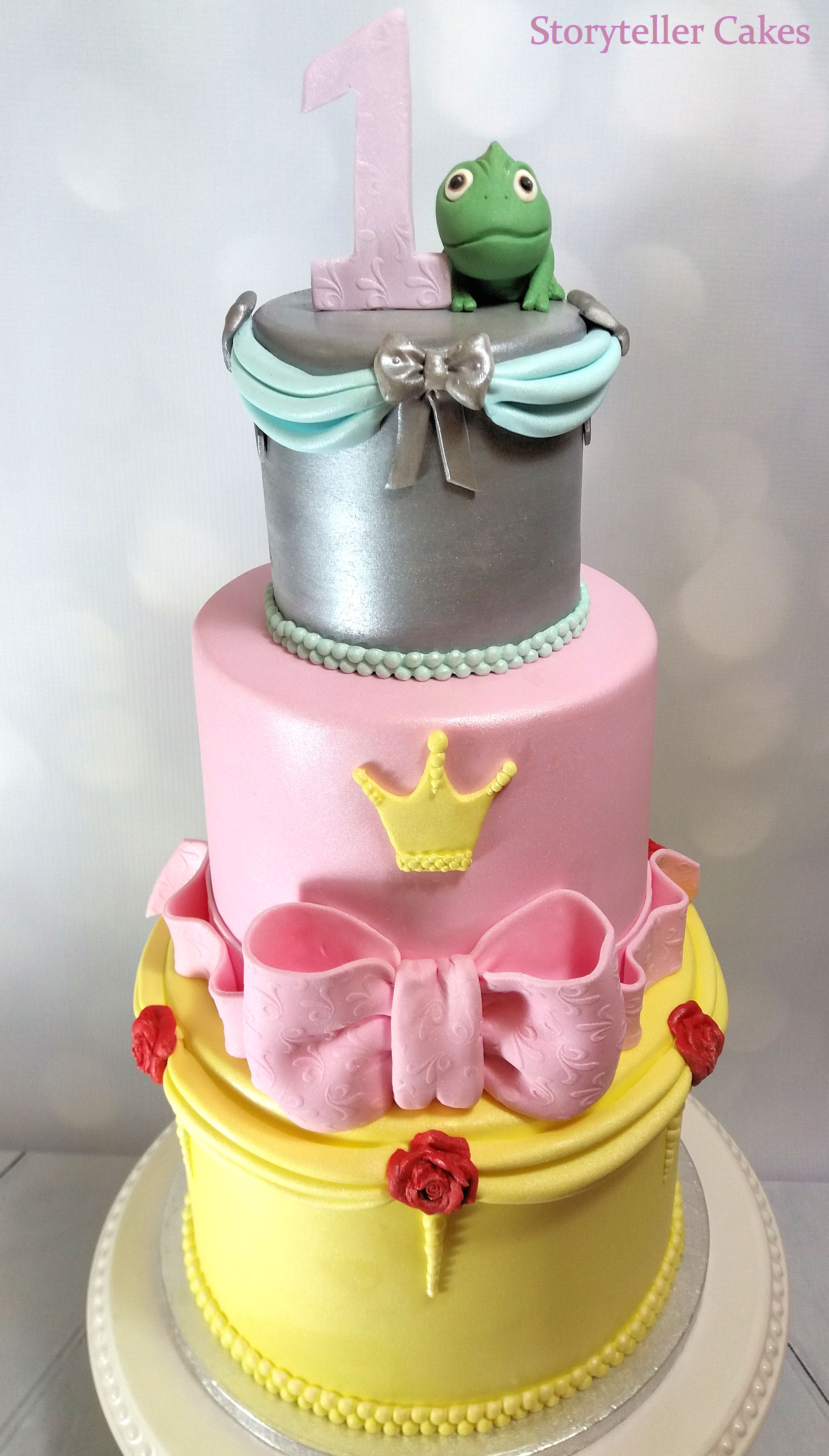 Disney Beauty & The Beast Birthday cake 2.jpg