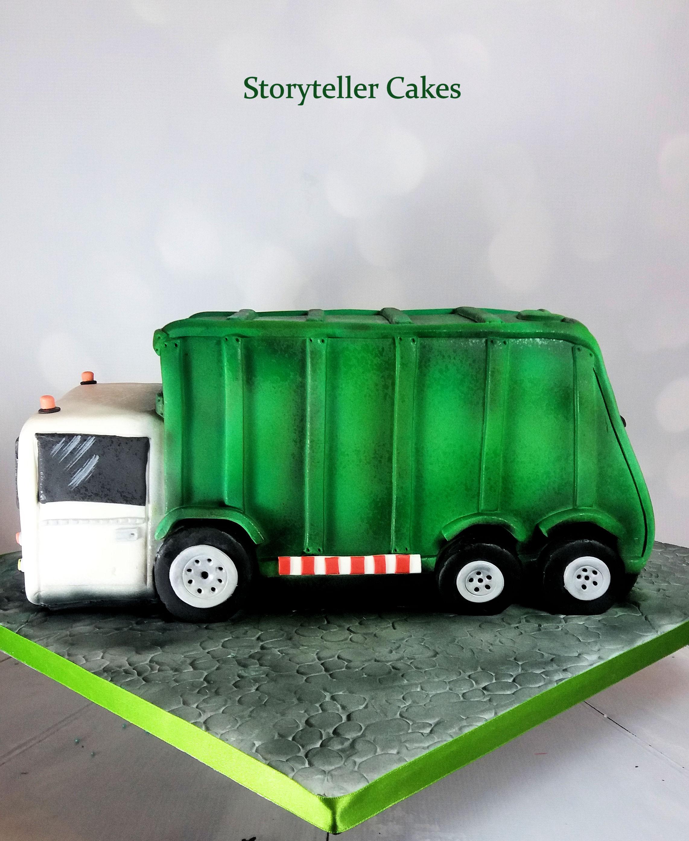 Garbage Truck Cake 1.jpg