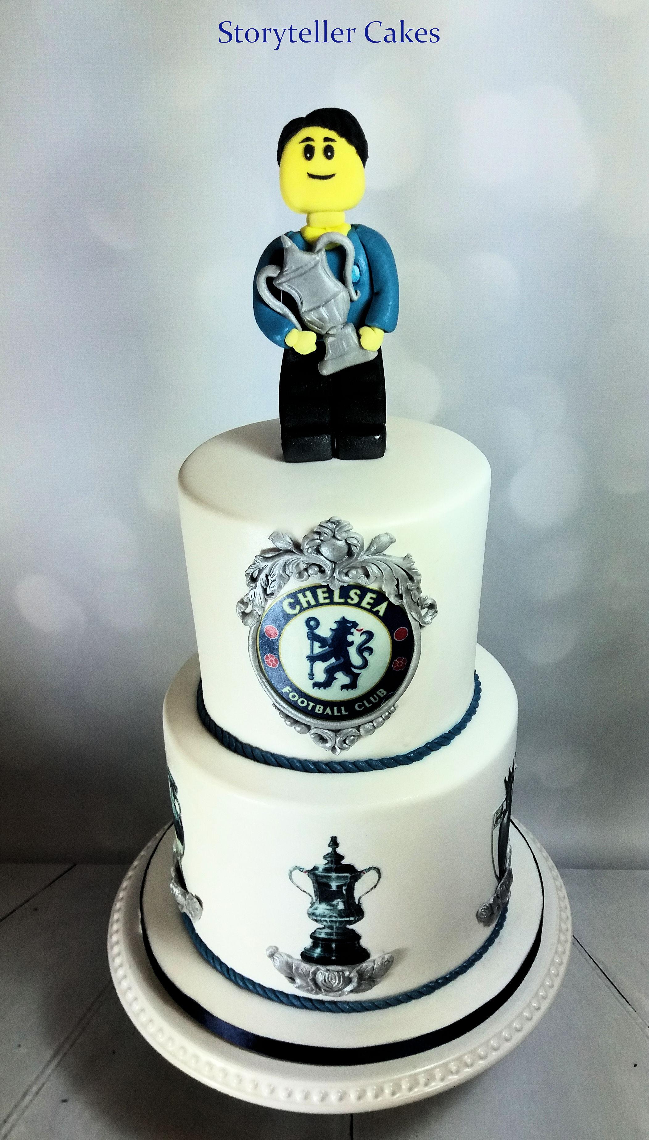 Chelsea Football lego cake 1.jpg