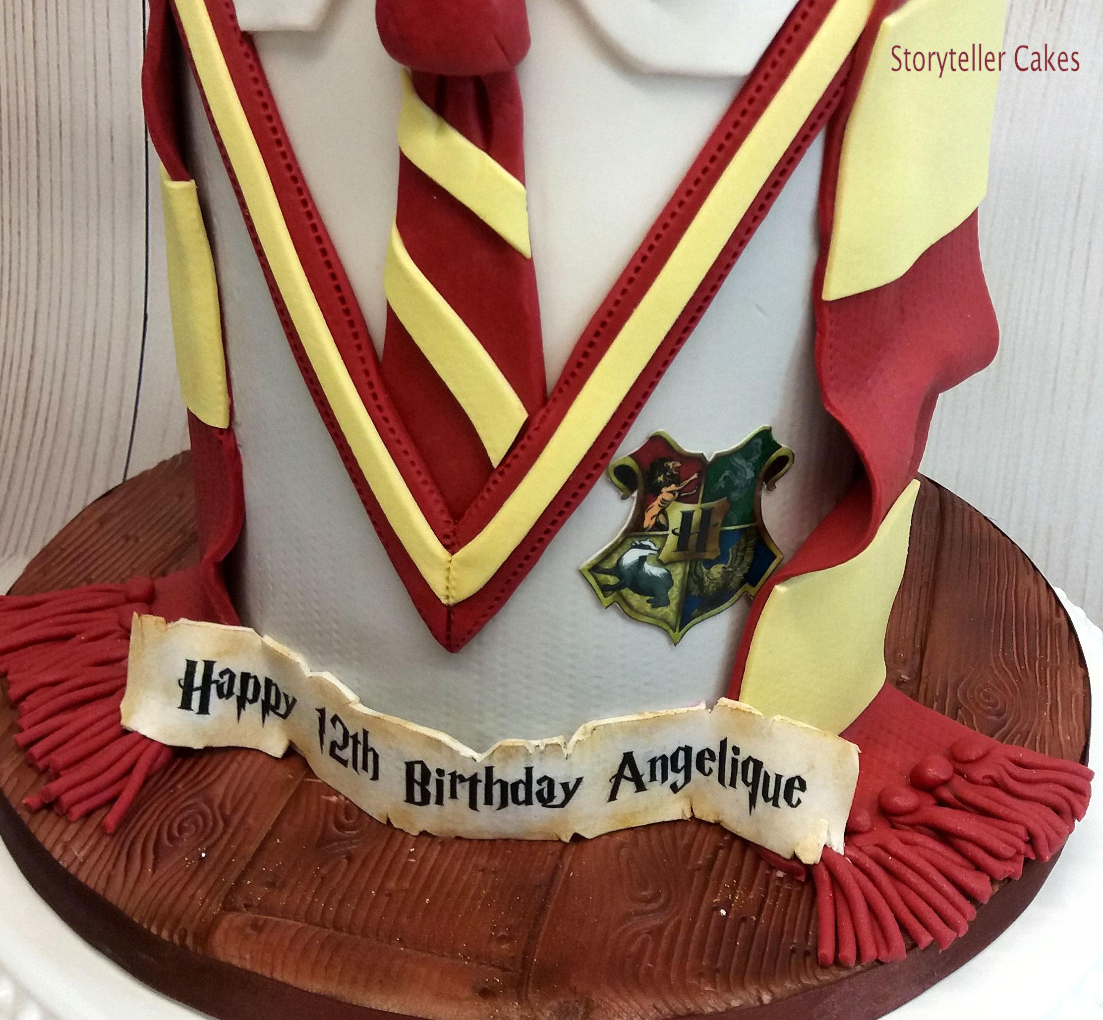 Harry Potter Cake 4.jpg