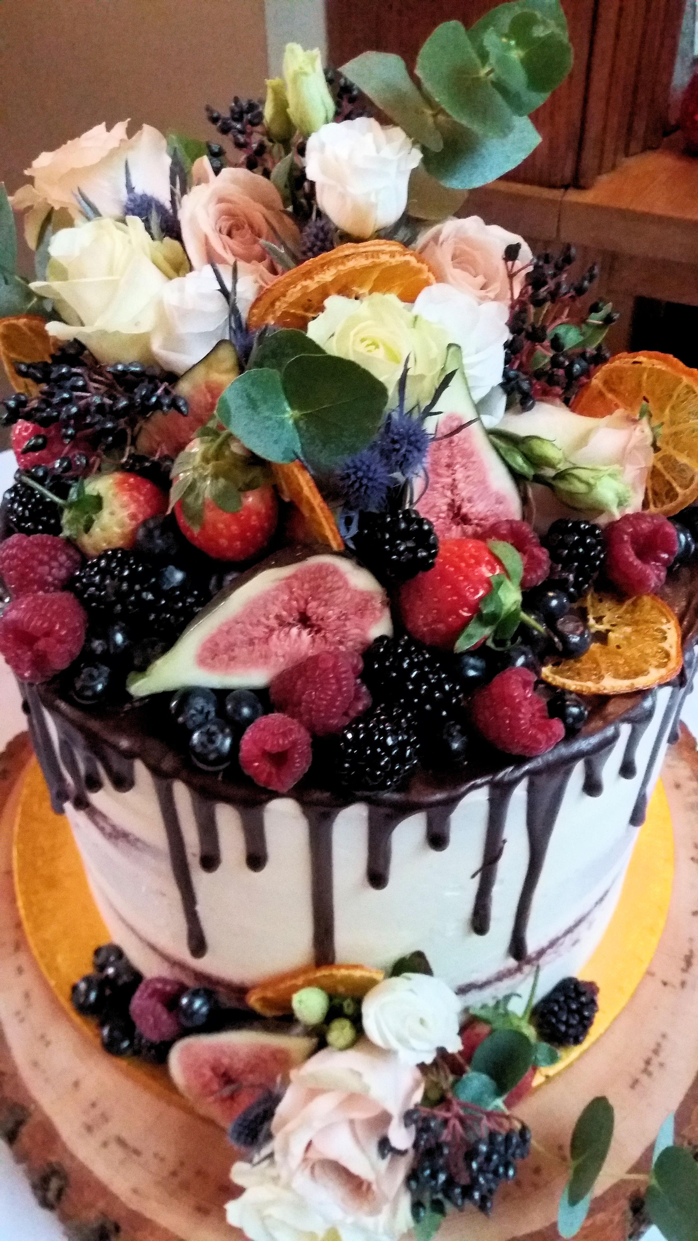 Chocolate Drip & Fruit Wedding Cake2.jpg