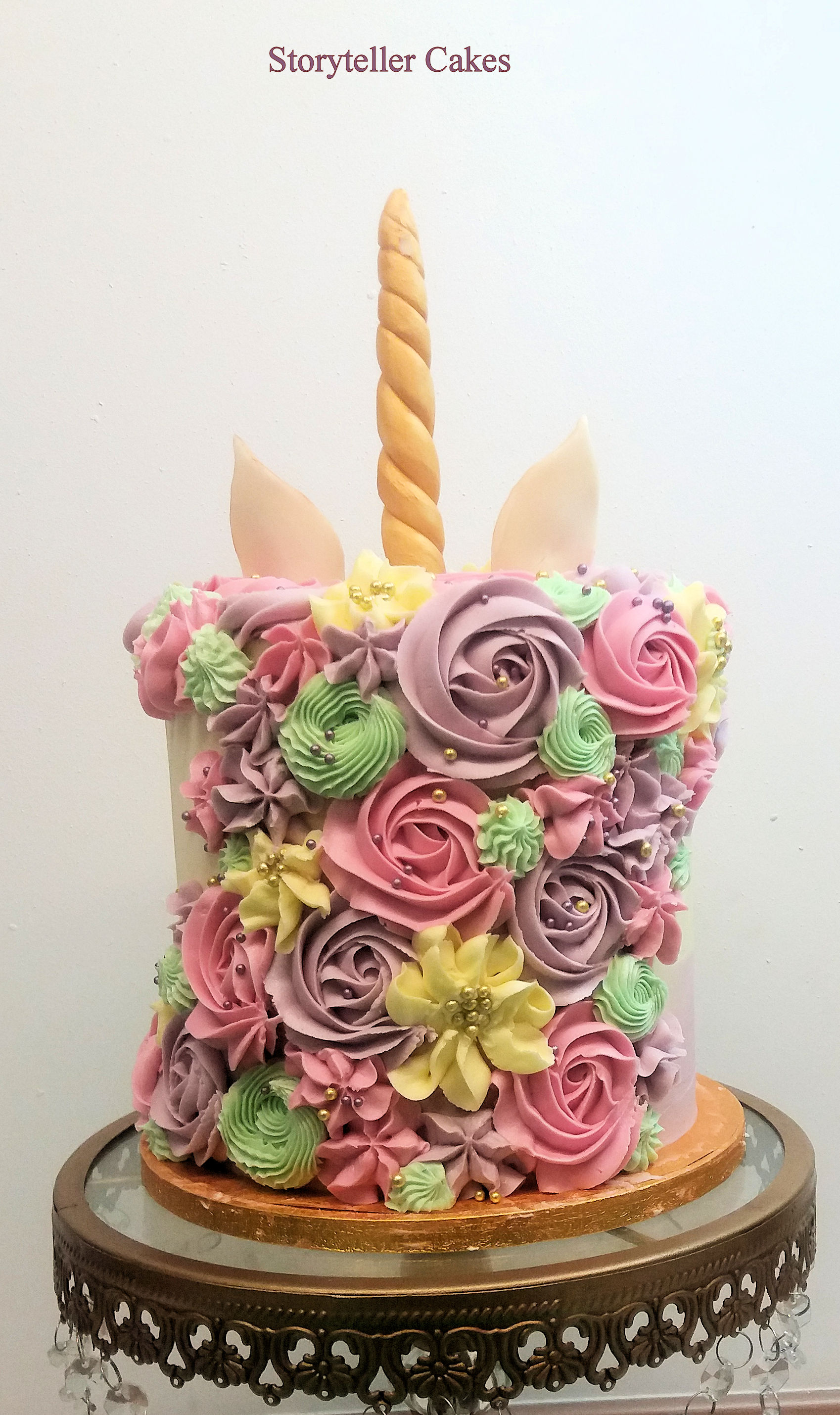 Unicorn Buttercream Cake3.jpg