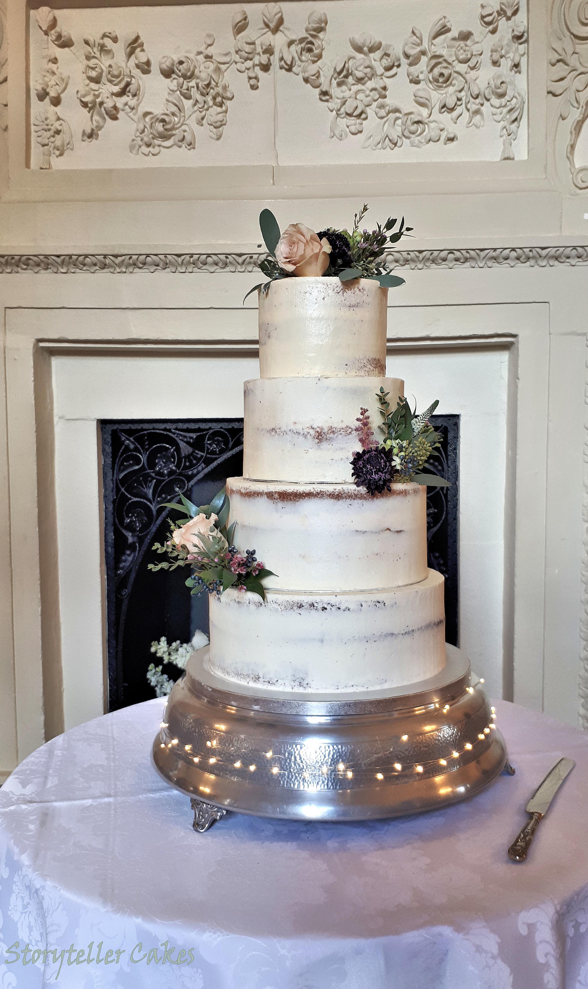 Semi Naked Wedding Cake3.jpg